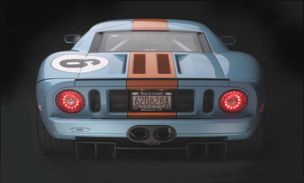 Ford GT OA rear lights on.jpg