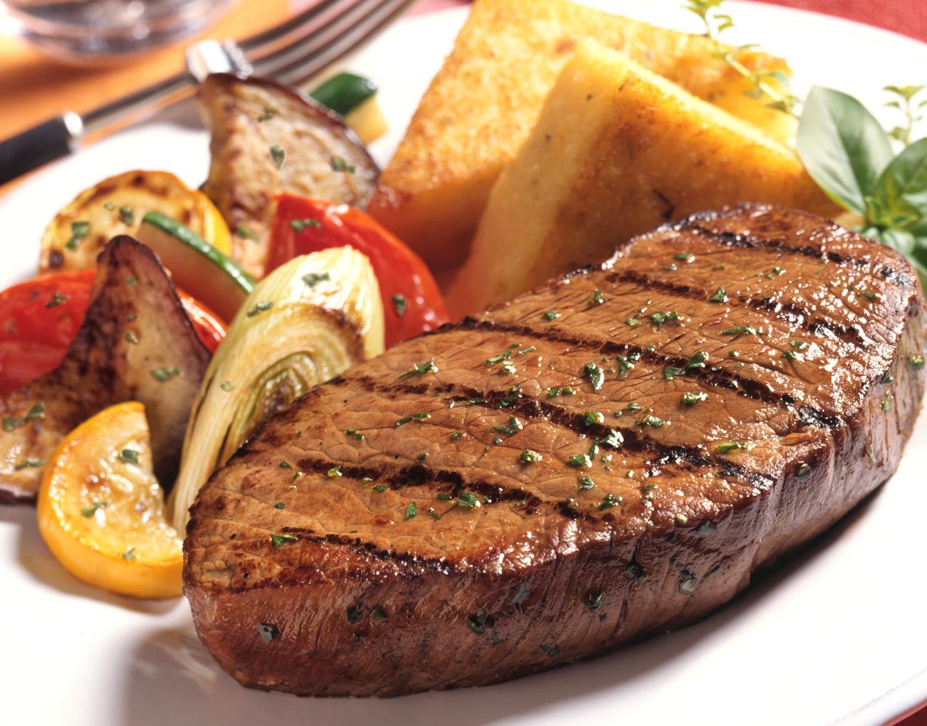 grilled-pepper-steak_C.F.-05.02.13.jpg