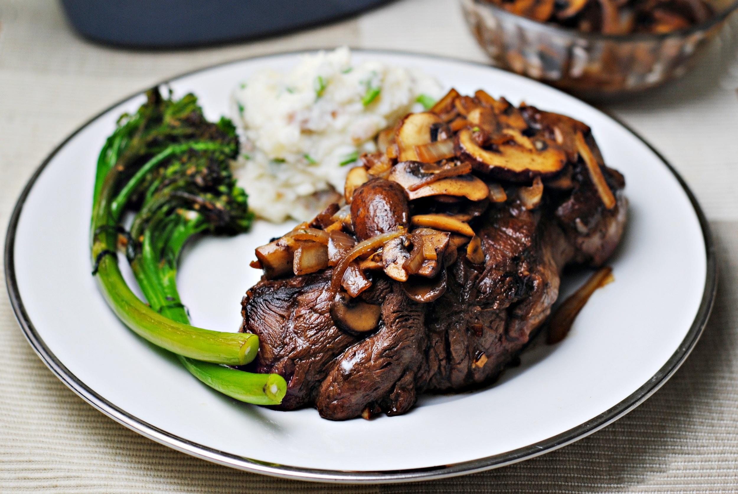 Steak-Mushrooms-Onions-1.jpg