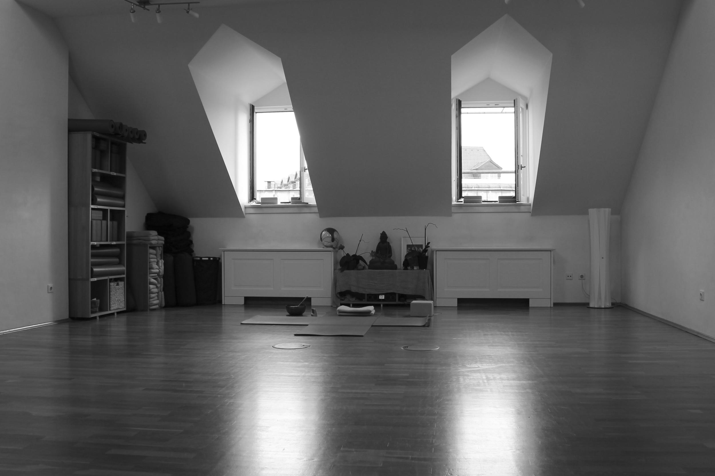 Tri Yoga Center München1.jpg