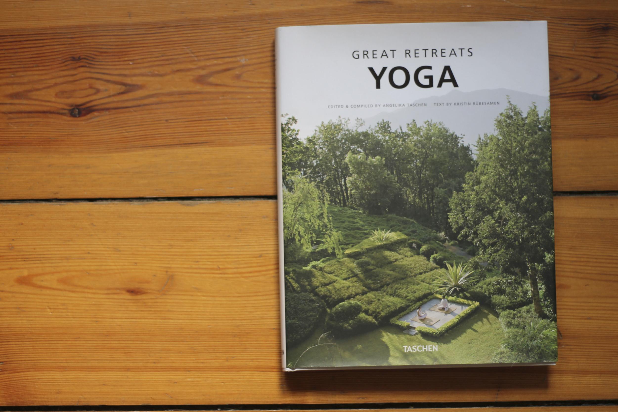Taschen great retreats yoga677.jpg