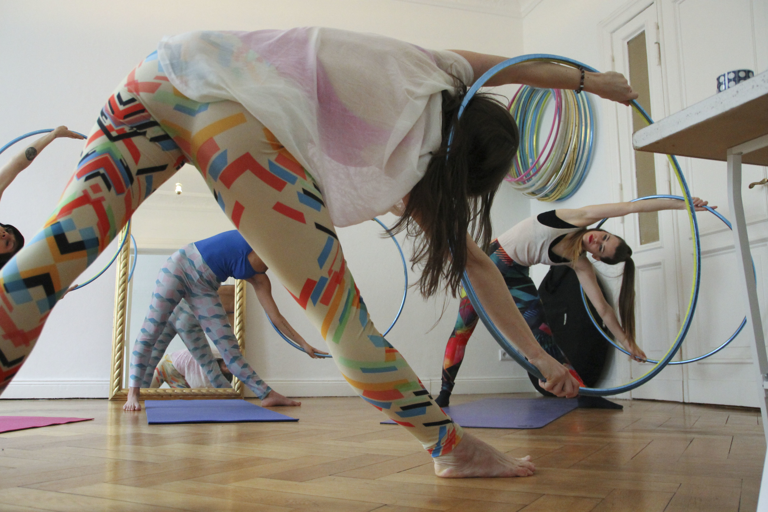 hoop yoga rebecca halls berlin1262.jpg