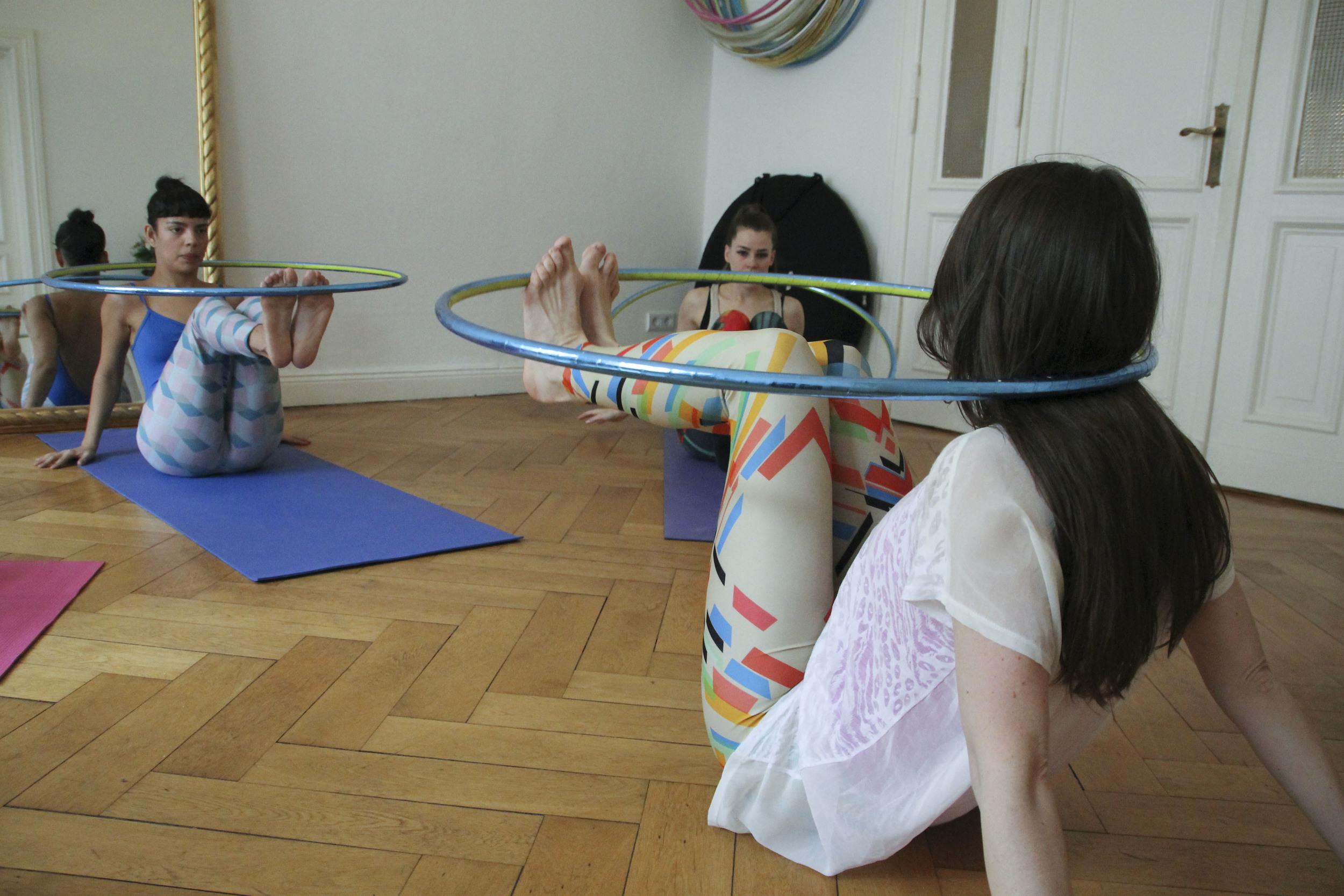 hoop yoga rebecca halls berlin1294.jpg