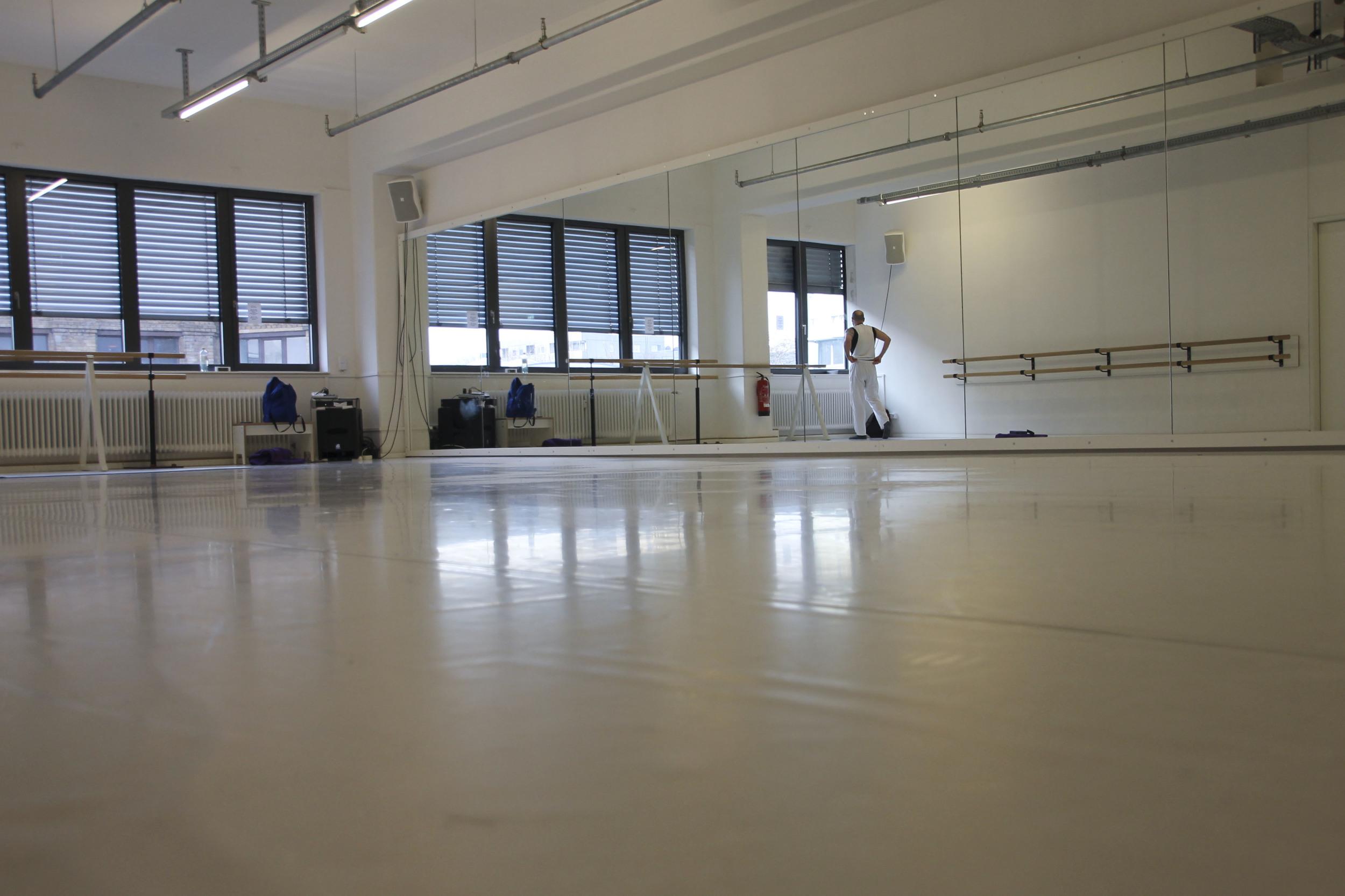 hip hop yoga berlin kreuzberg motions1357.jpg