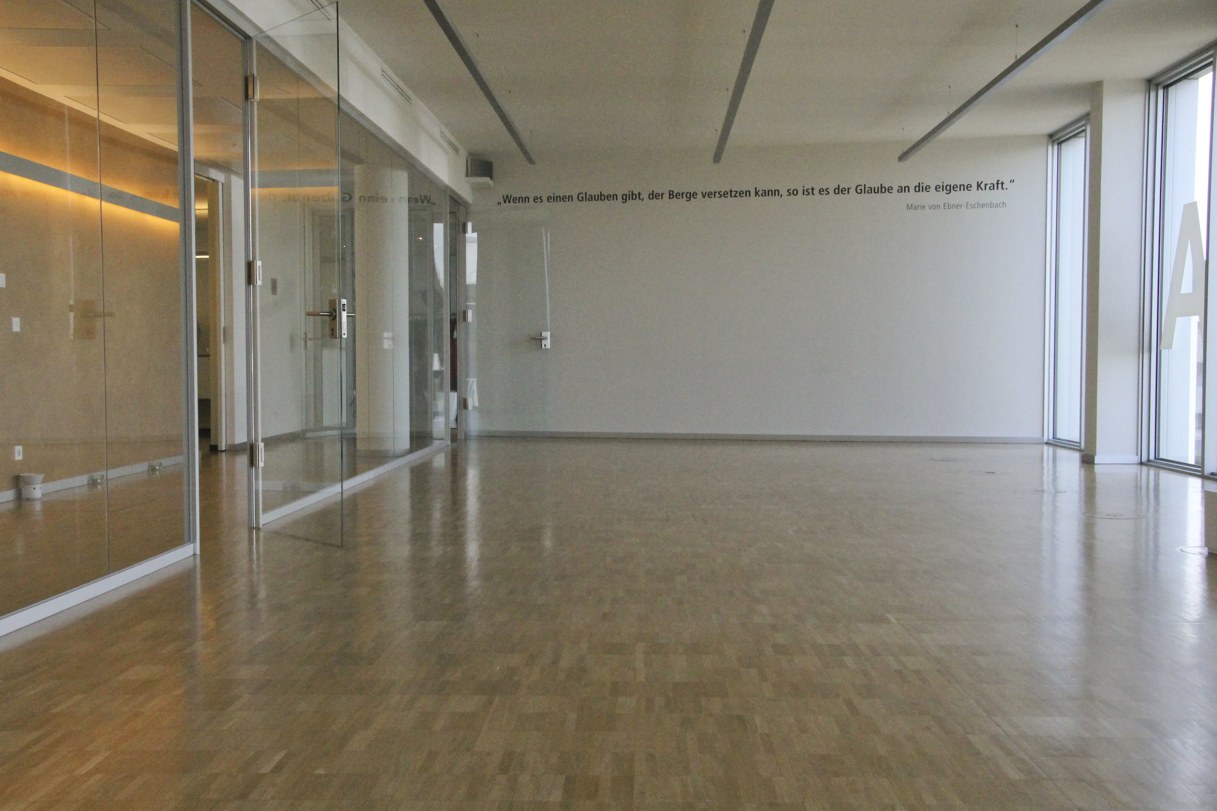 physio flow yoga studio münchen hackerbrücke1718.jpg