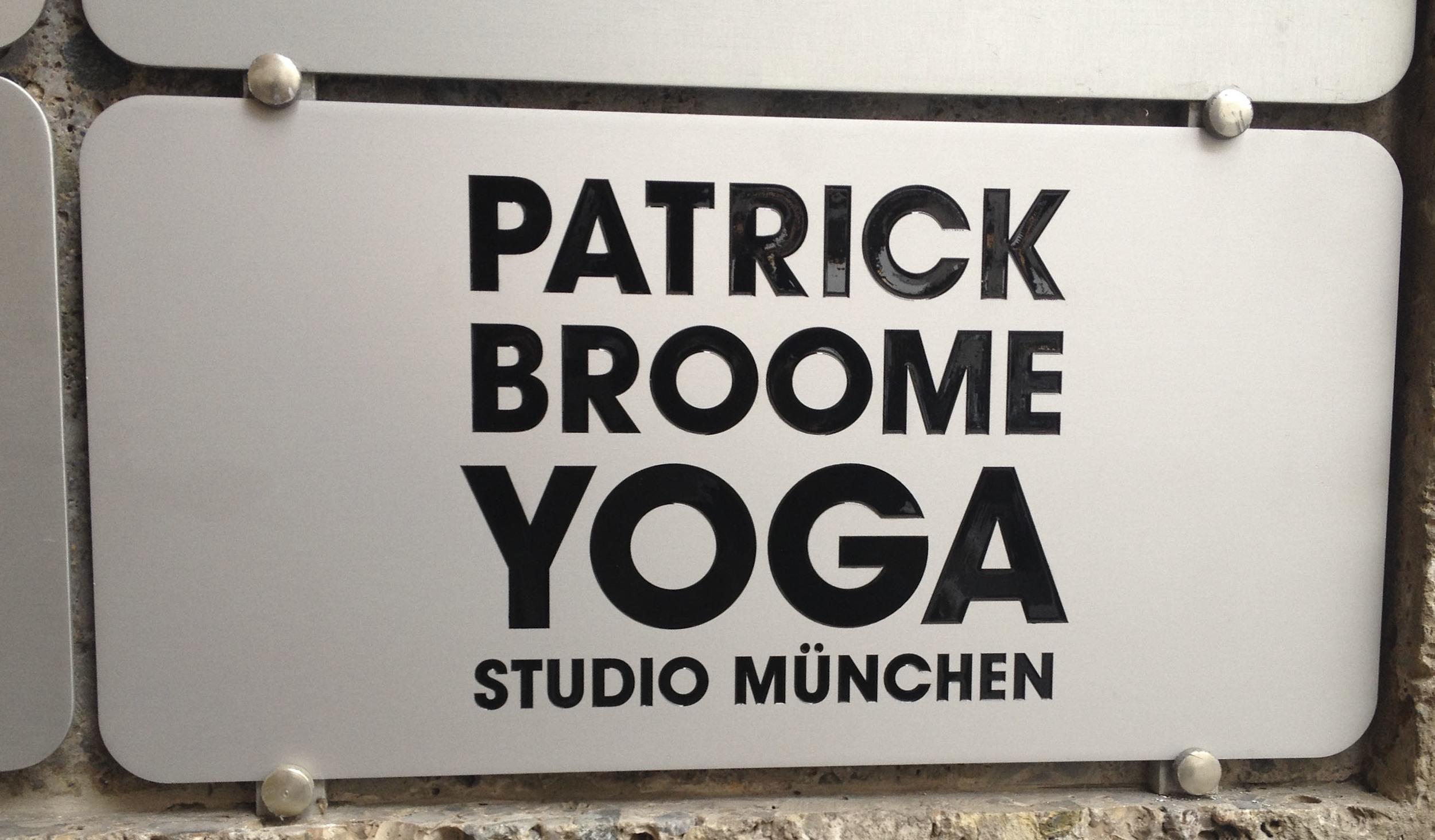 Patrick Broom Yoga, Yoga Studio, München 2173.jpg