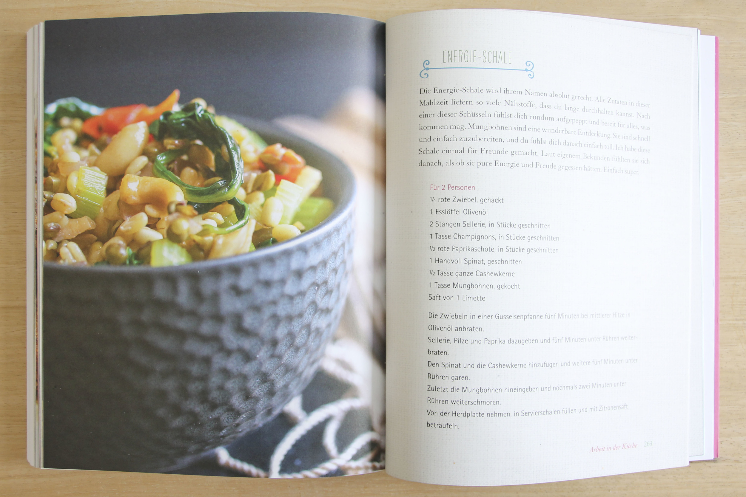 Tara Stiles, dein Yoga dein Leben, Rezeptbuch, Yoga Buch, Ratgeber3237.jpg