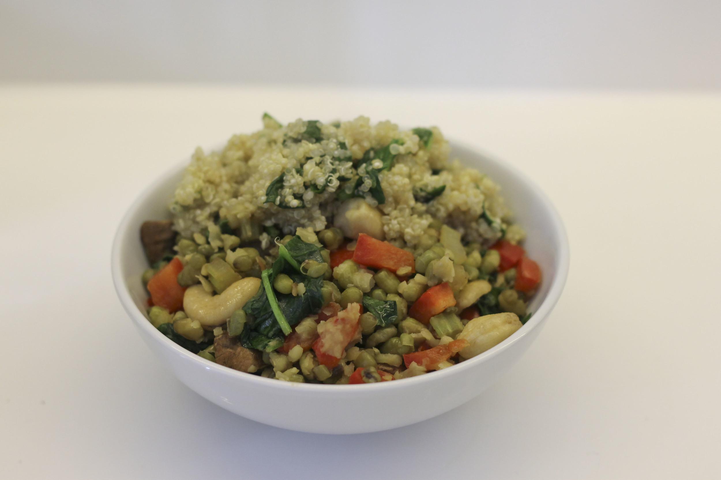 Quinoa and Spinach,Tara Stiles, dein Yoga dein Leben, Rezeptbuch, Yoga Buch, Ratgeber3247.jpg
