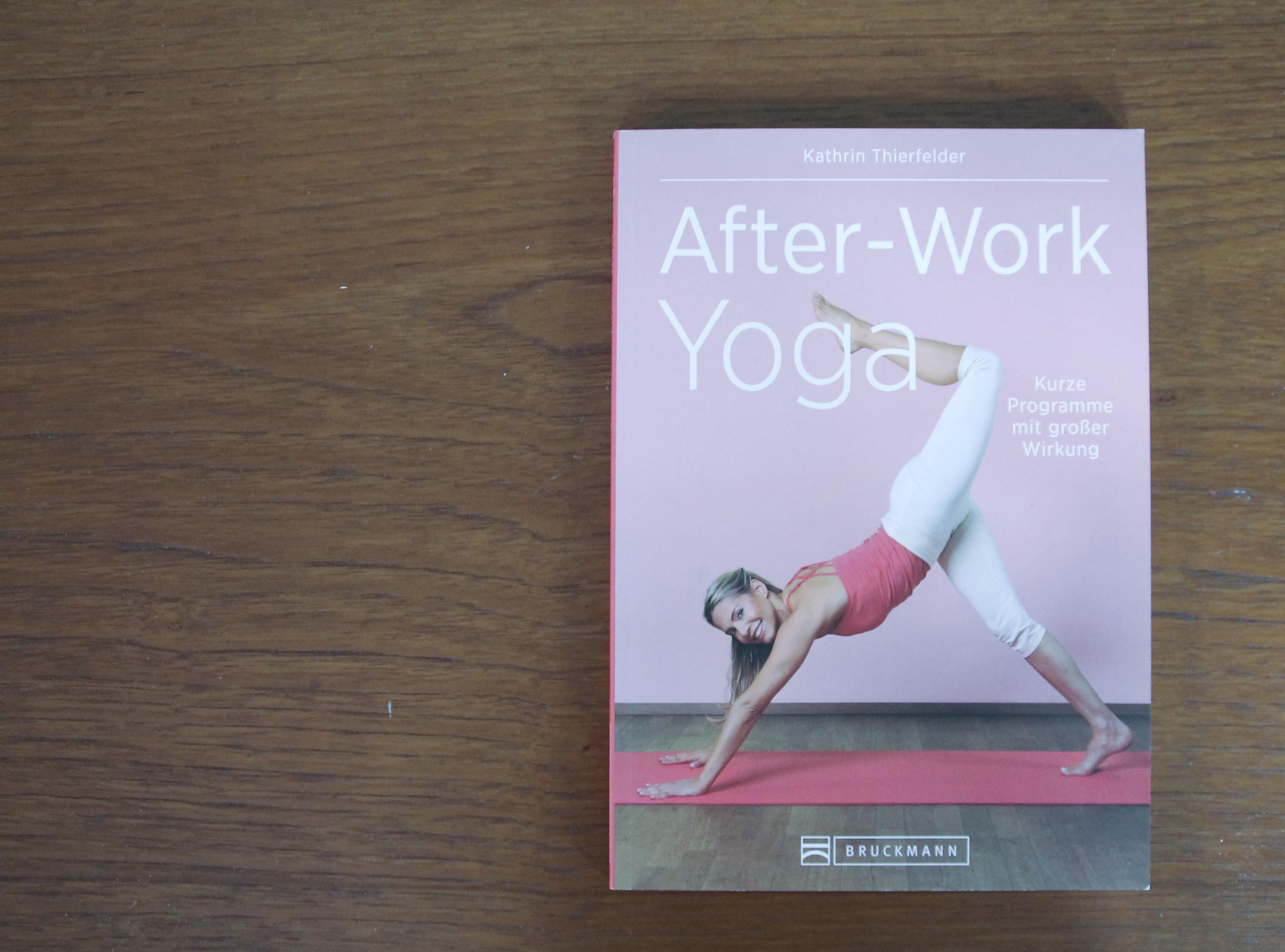 yoga after work3925.jpg