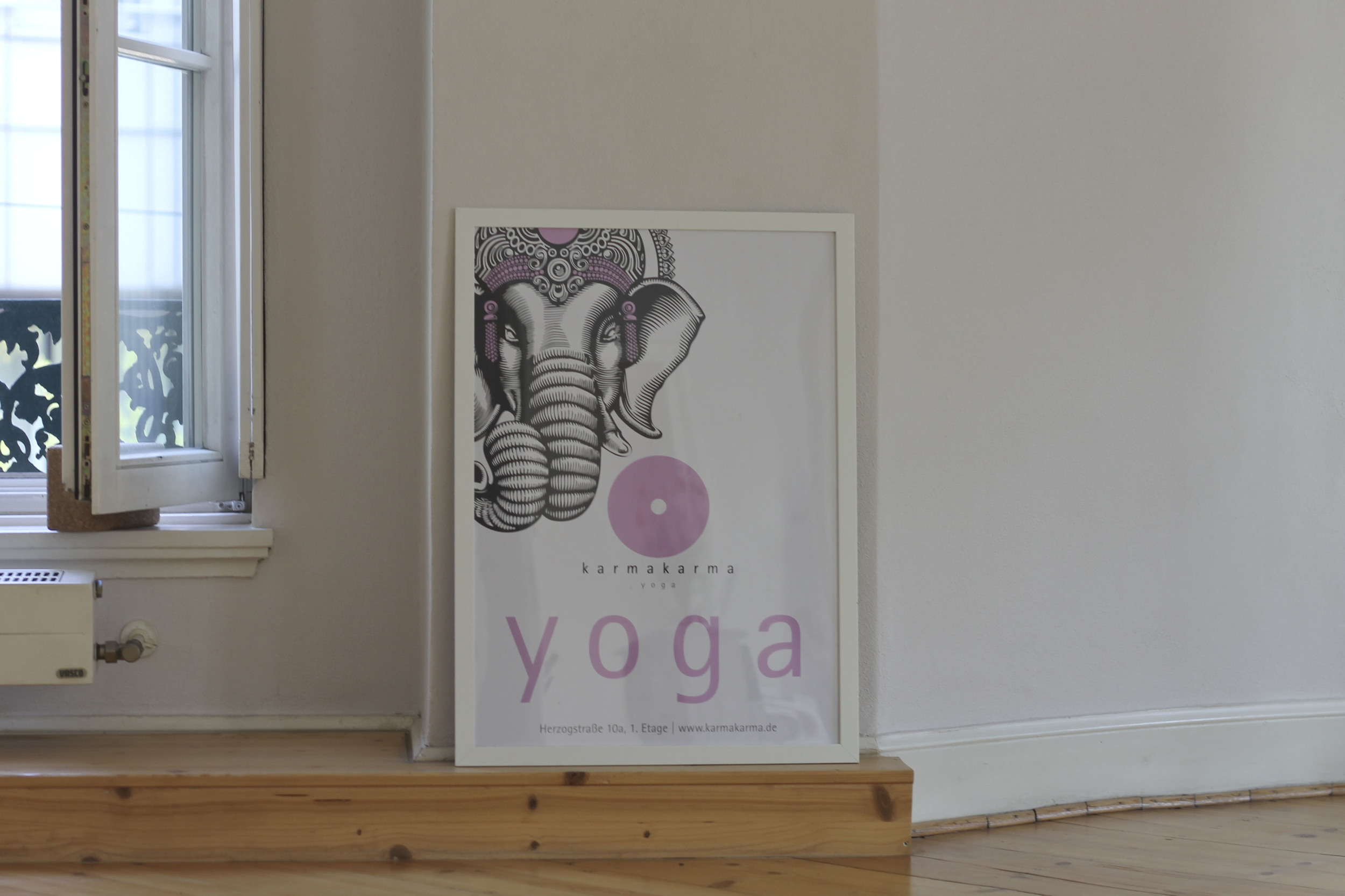 Karmakarma yoga studio Düsseldorf4182.jpg