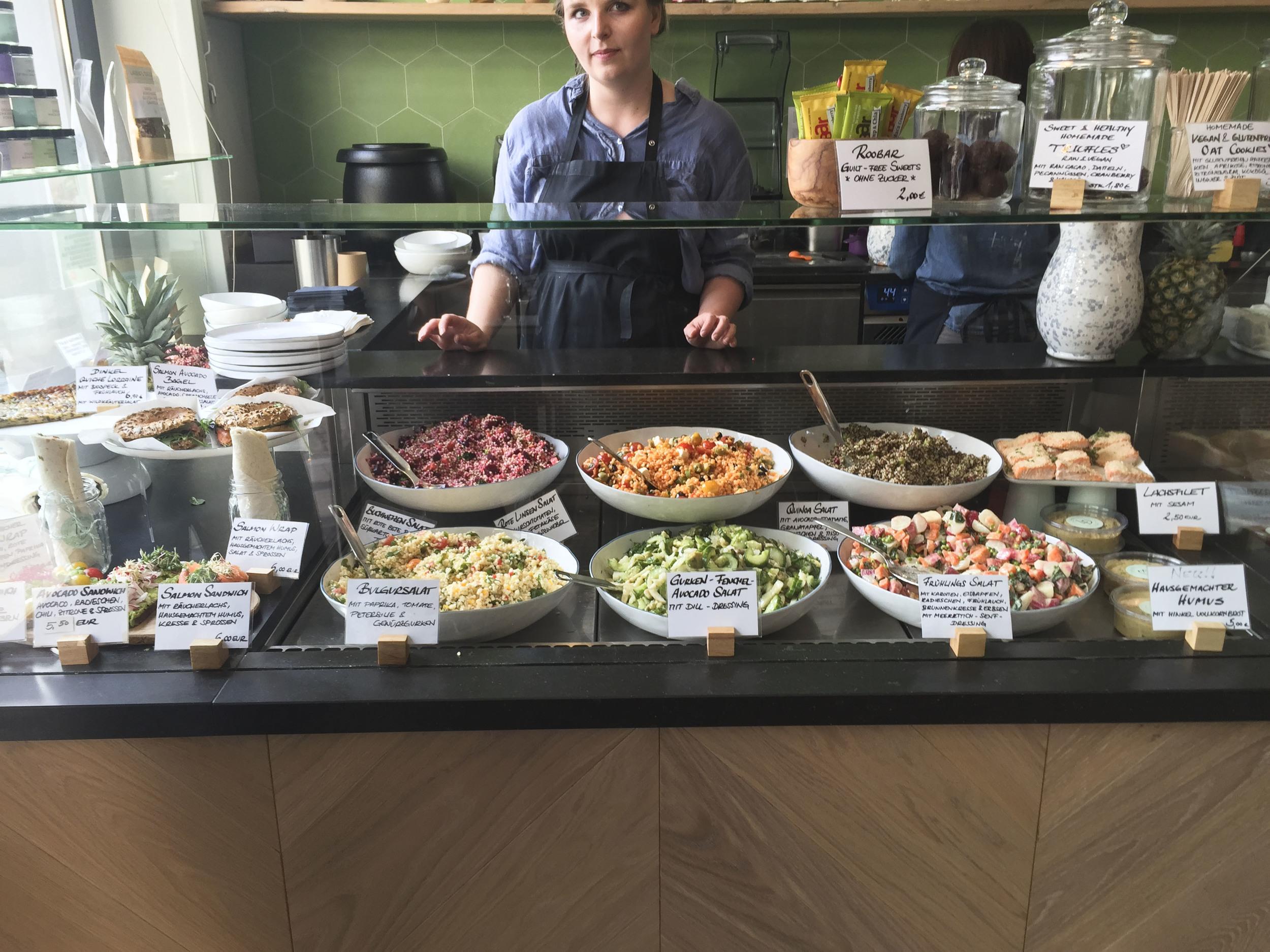 Laura's Deli, Healthy food Restaurant  Düsseldorf4218.jpg