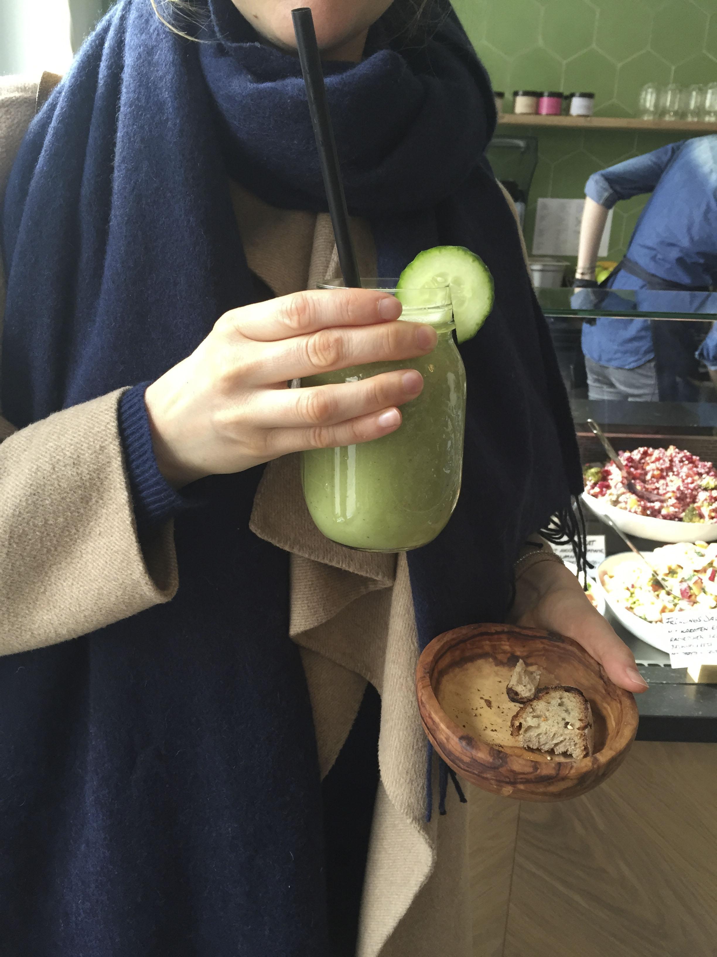 Laura's Deli, Healthy food Restaurant  Düsseldorf4222.jpg