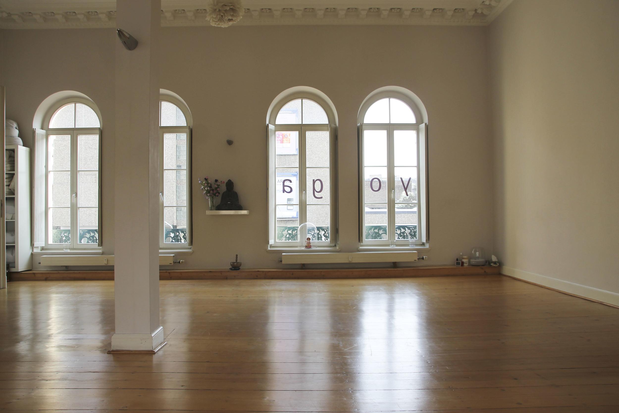 Karmakarma yoga studio Düsseldorf4176.jpg