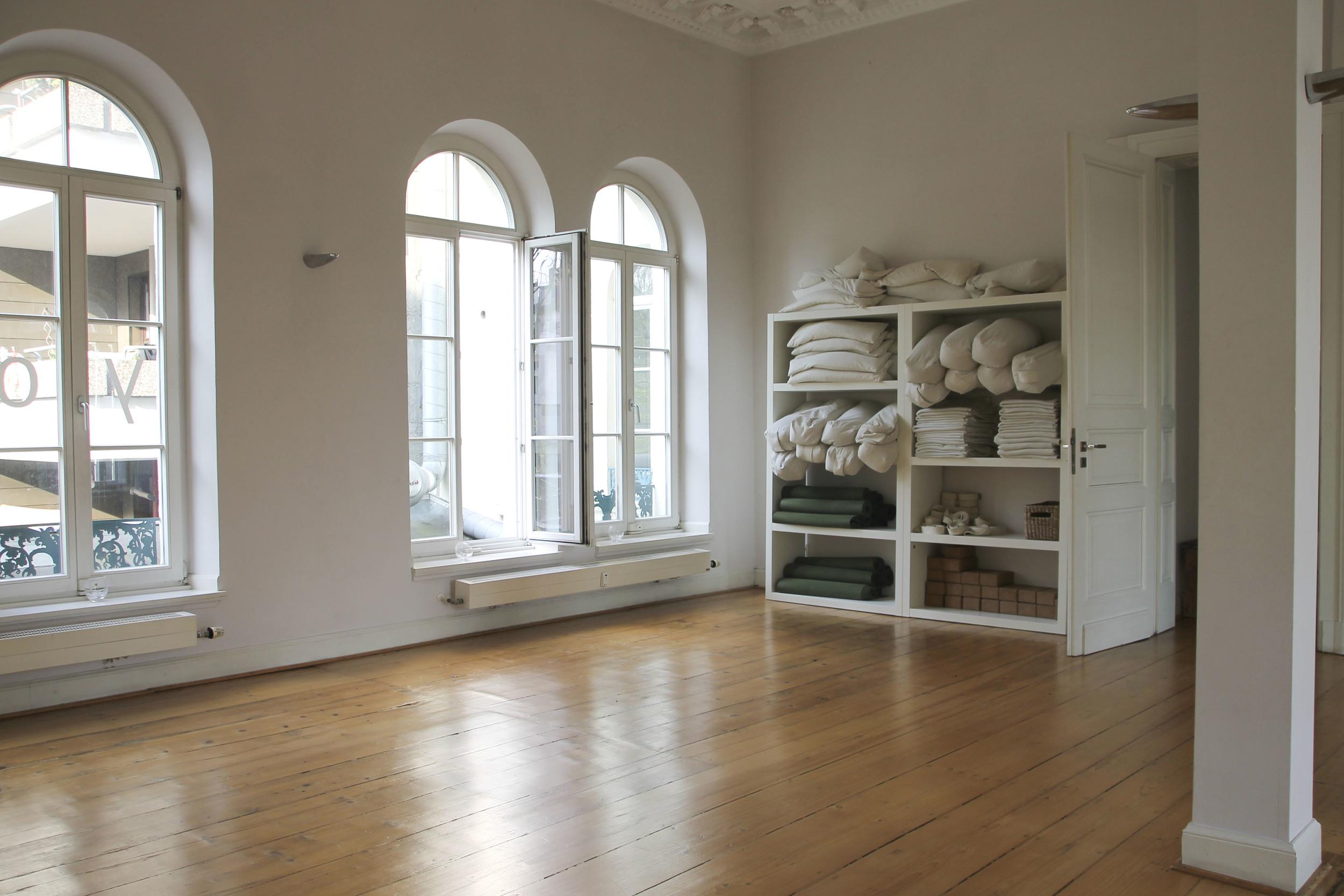 Karmakarma yoga studio Düsseldorf4178.jpg