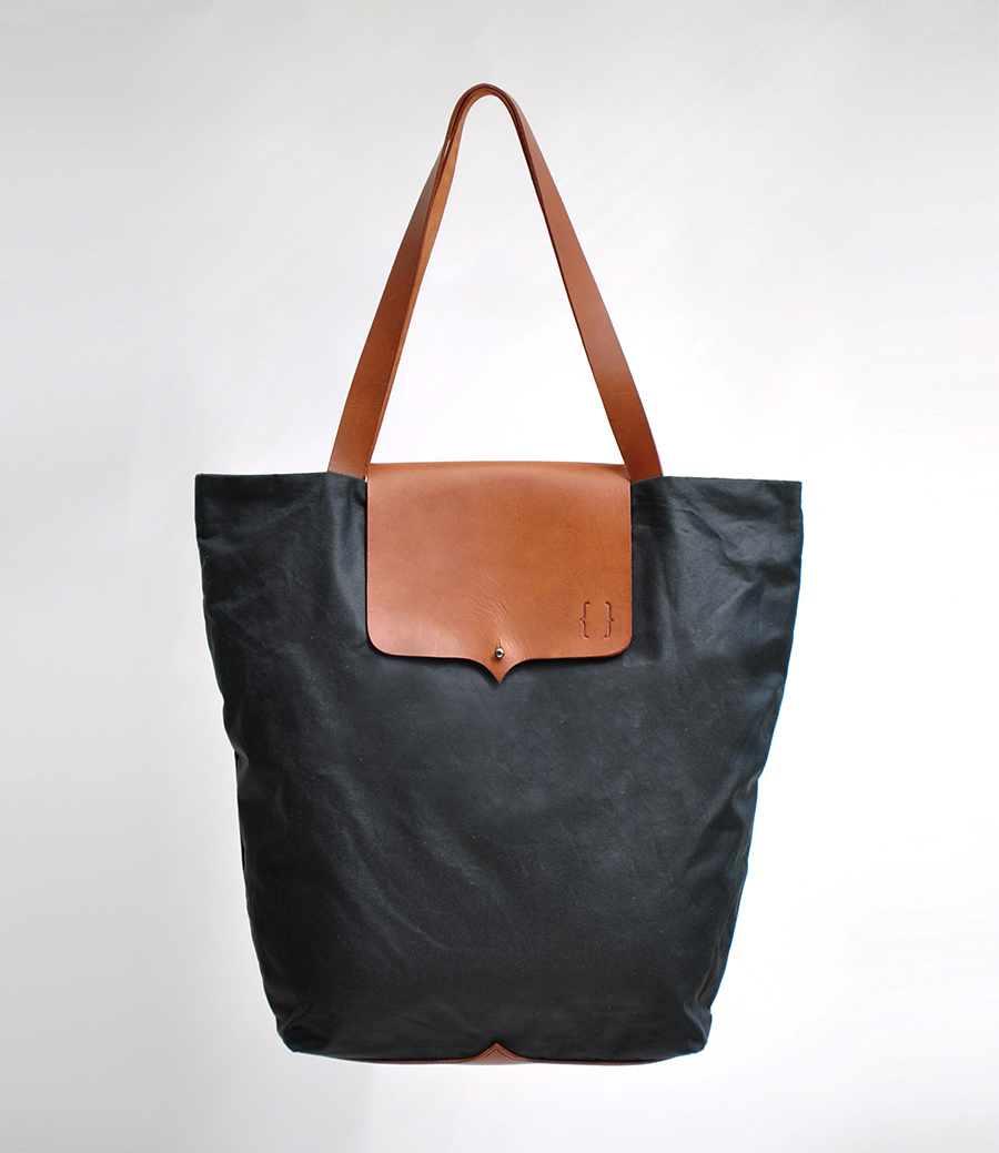 KABUK_BRACKETS_TOTE_BLACK_small.jpg