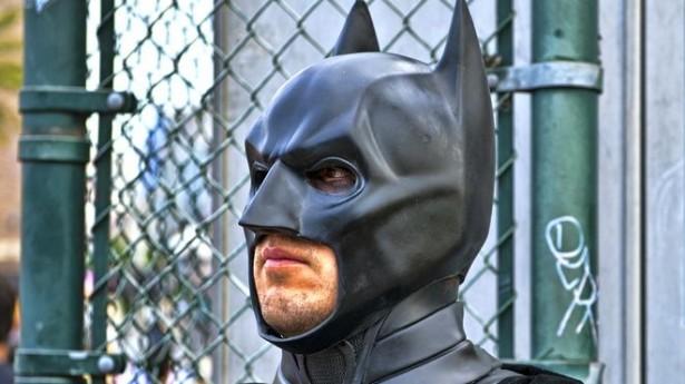batman-at-comic-con-via-Shutterstock-615x345.jpg