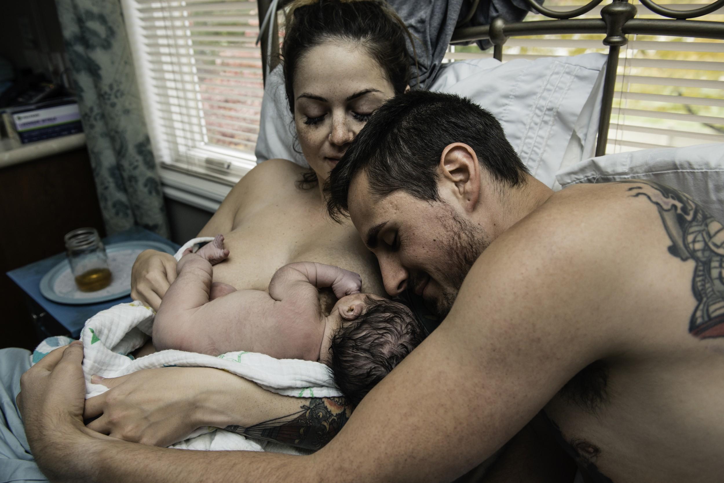 A-waterbirth-story-at-the-birth-center-in-Murray-utah-salt-lake-city-birth-photographer-birth-videography,-natural-birth,-homebirth-66.jpg