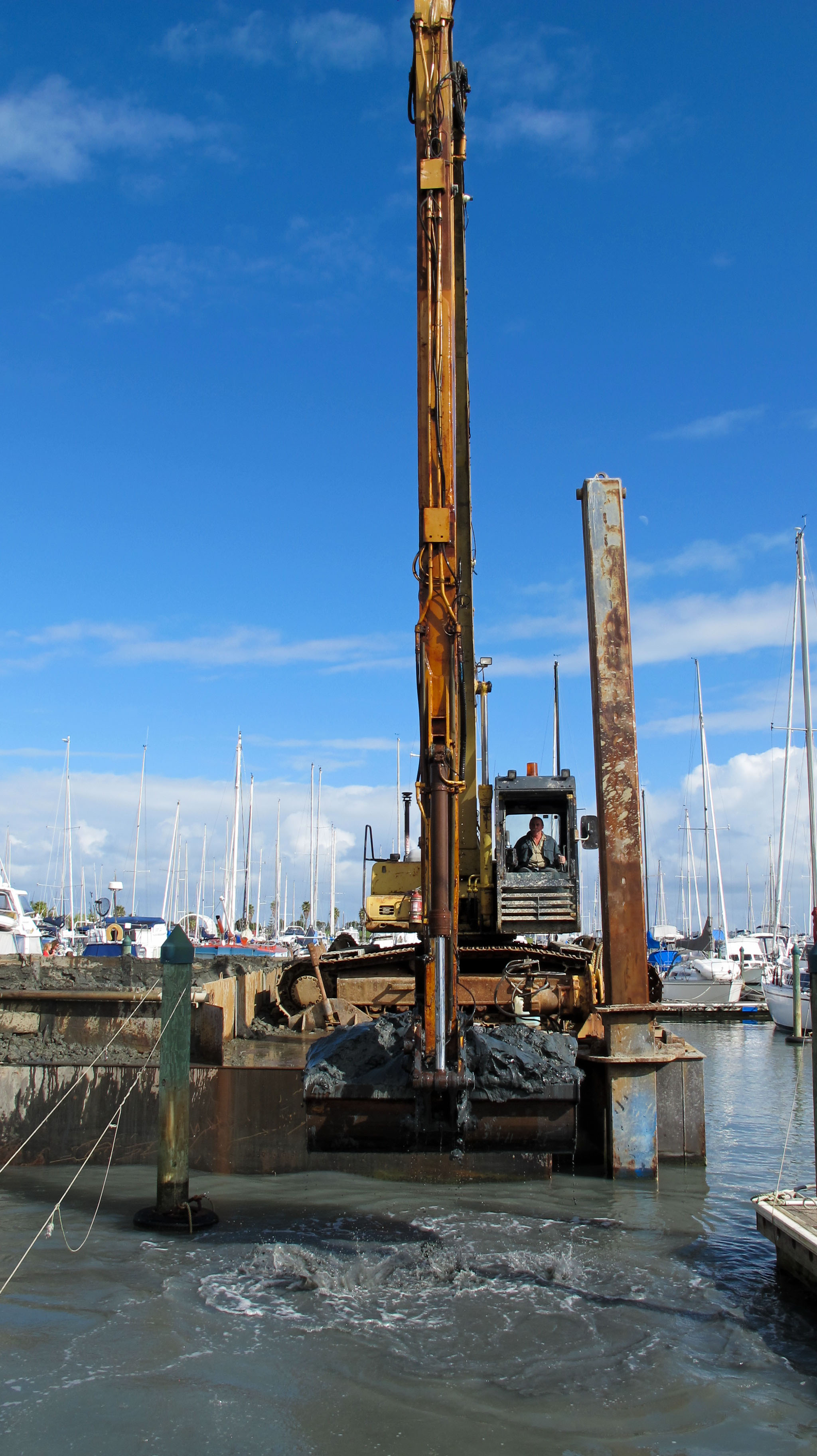 Dredging 02 May 2013 (68 of 74).jpg