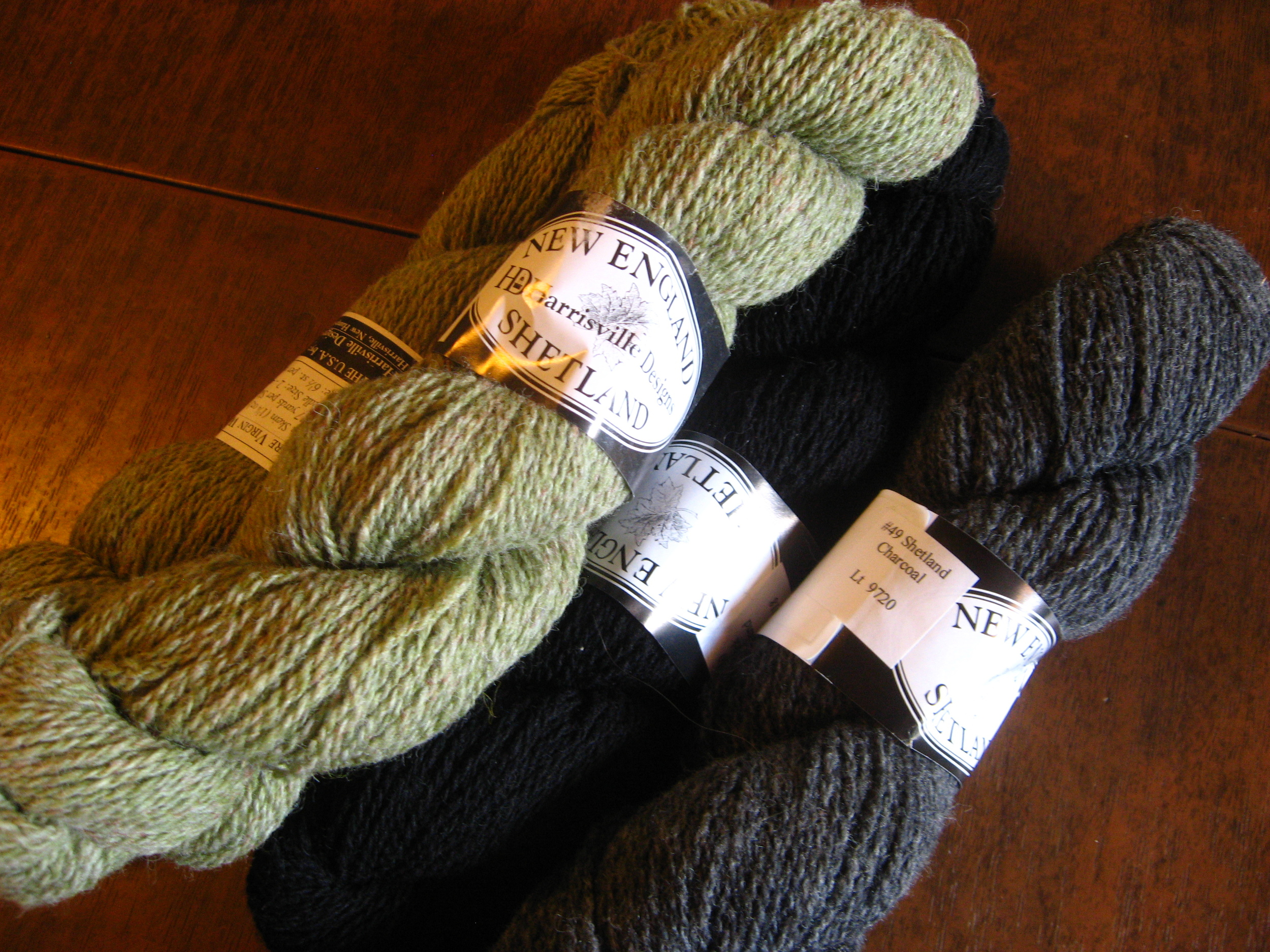 The inch of sweater was made out of this yarn, so I put a few skeins of this aside.