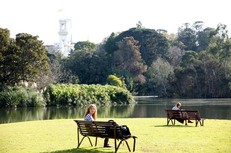 Melbourne park read.jpg