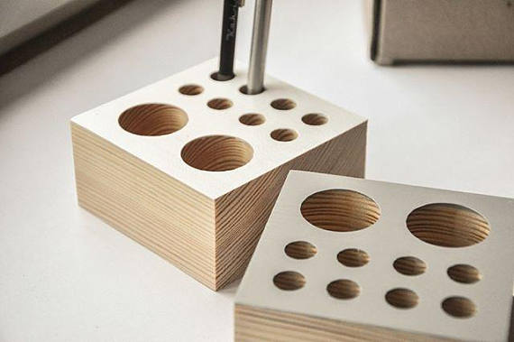 wood pen holder.jpg
