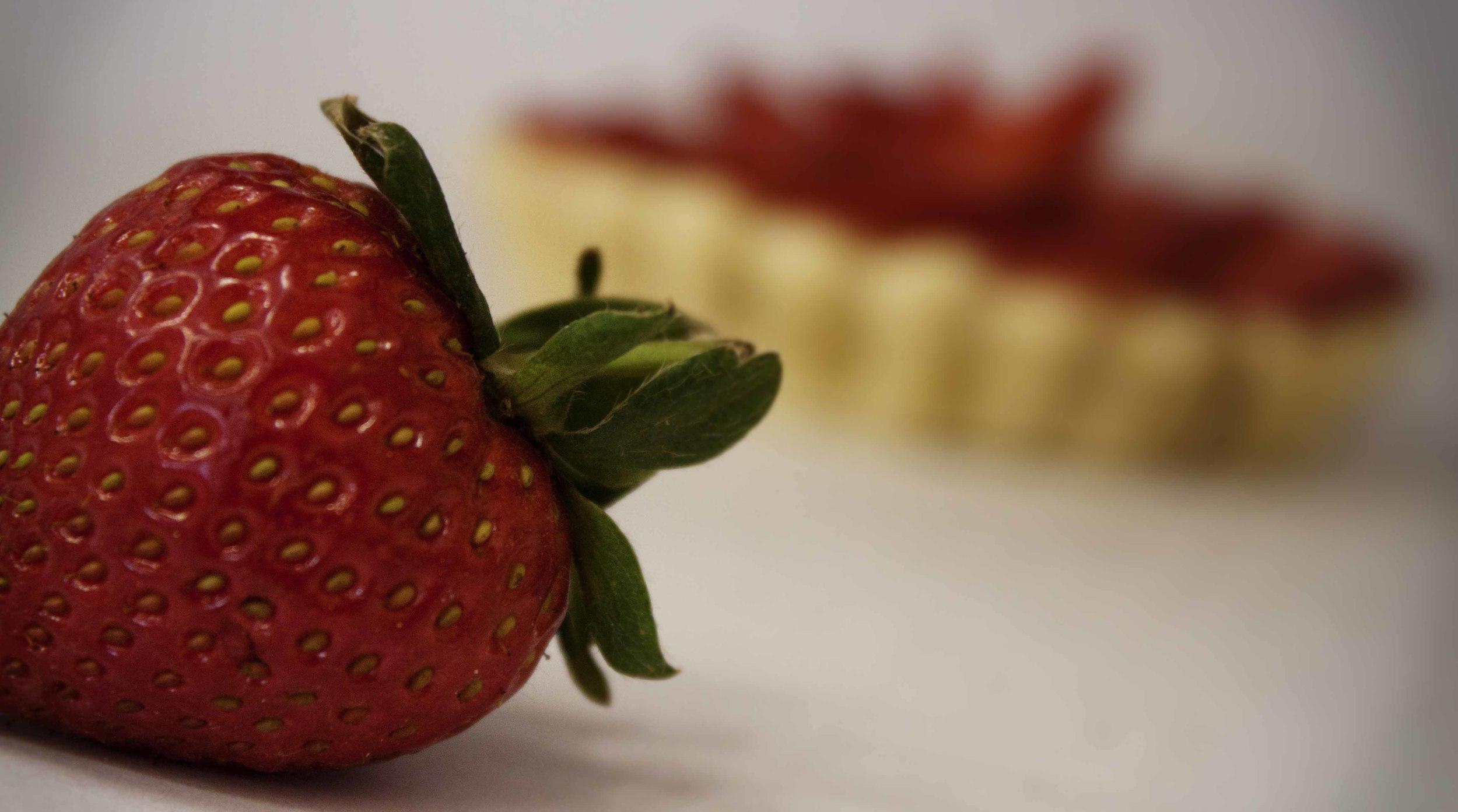 Strawberry sweet crust 8.jpg