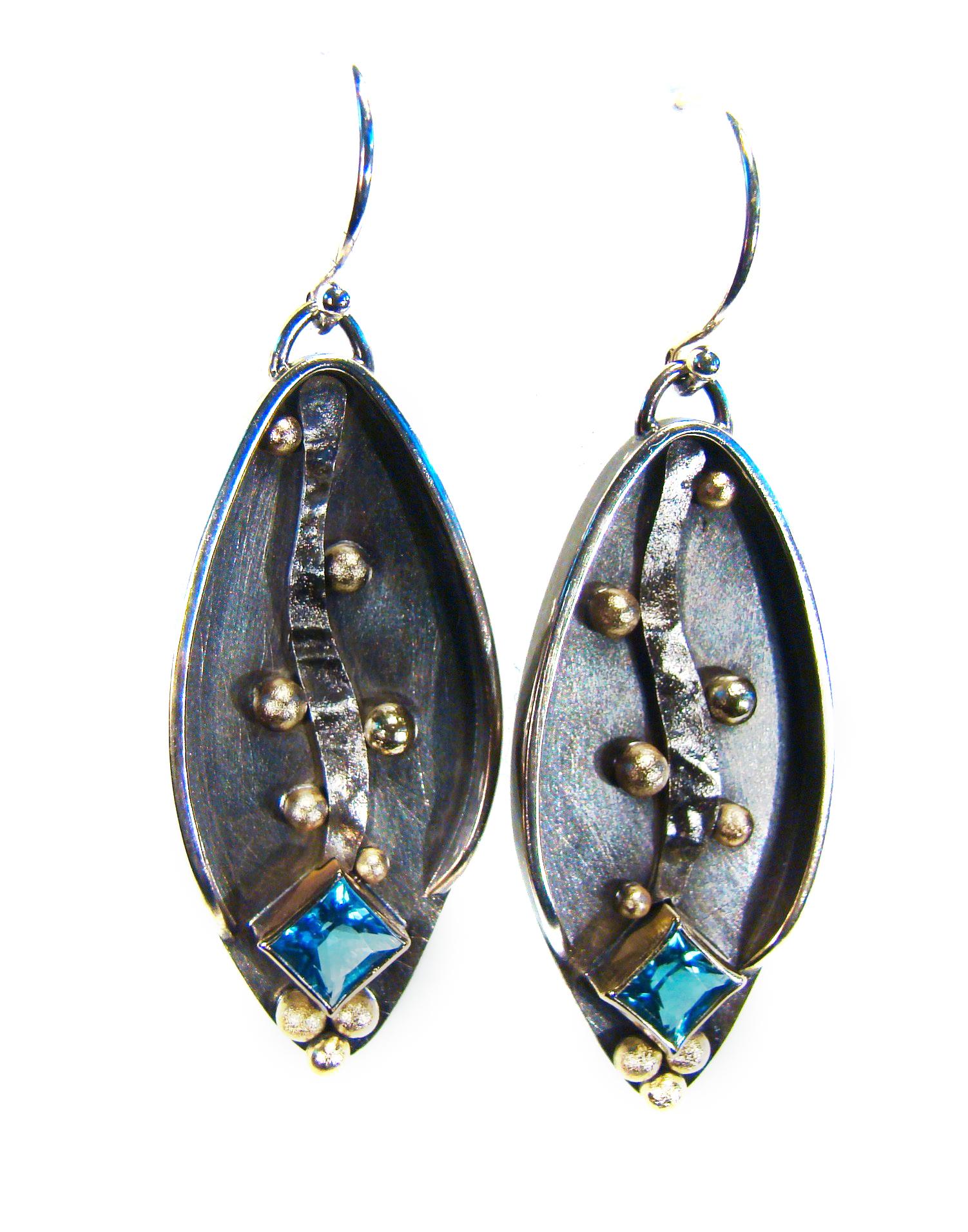Earrings #28-1R.jpg
