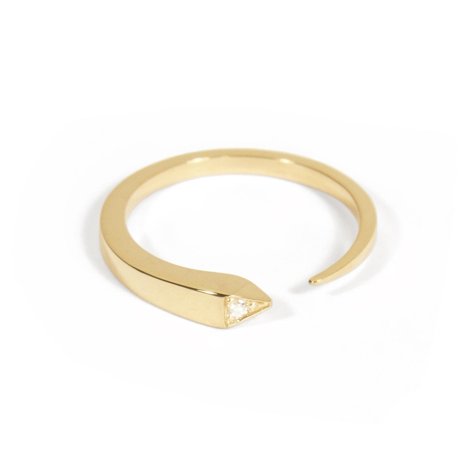 Tilda Biehn - Custom Single Diamond Comet Ring