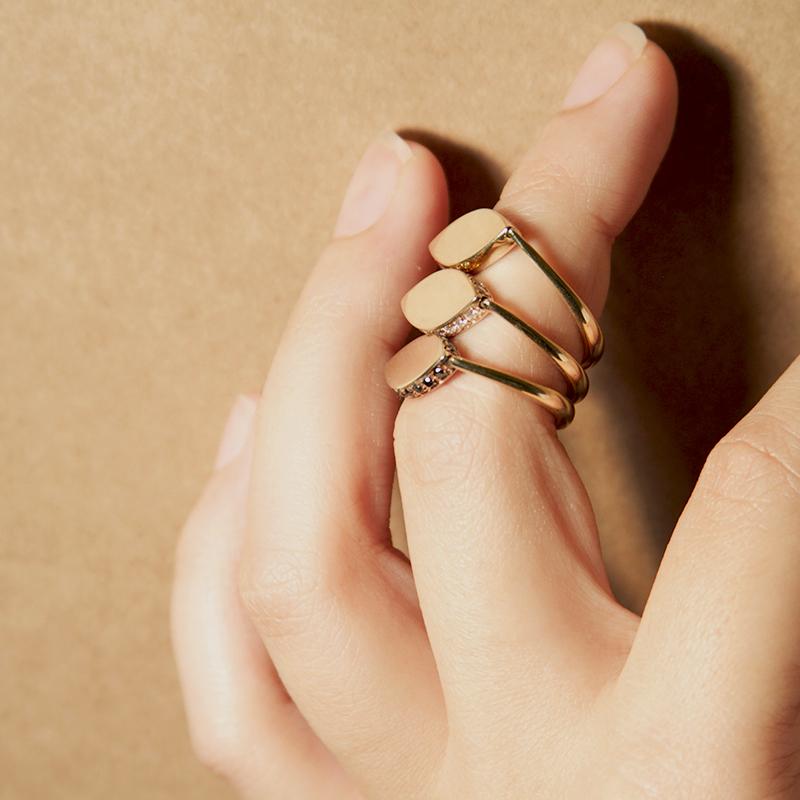 Tilda Biehn Vision Flip Ring