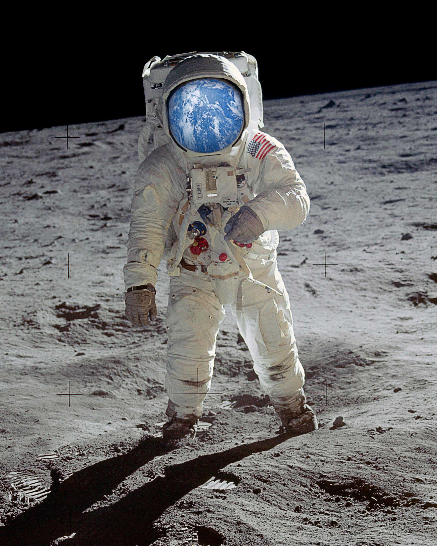 Man on MoonEarth8x10.jpg