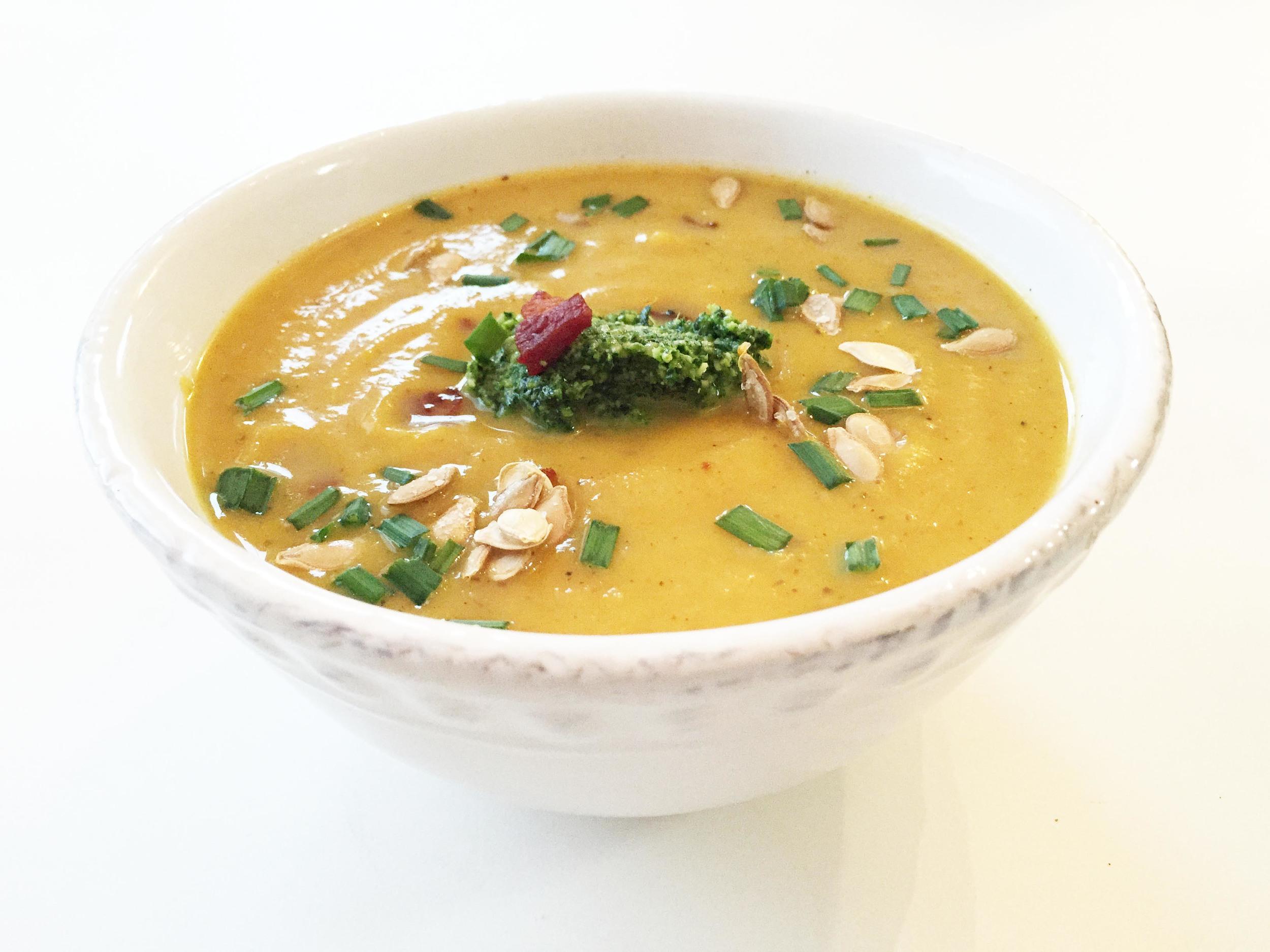 butternut-carrot-soup1.jpg