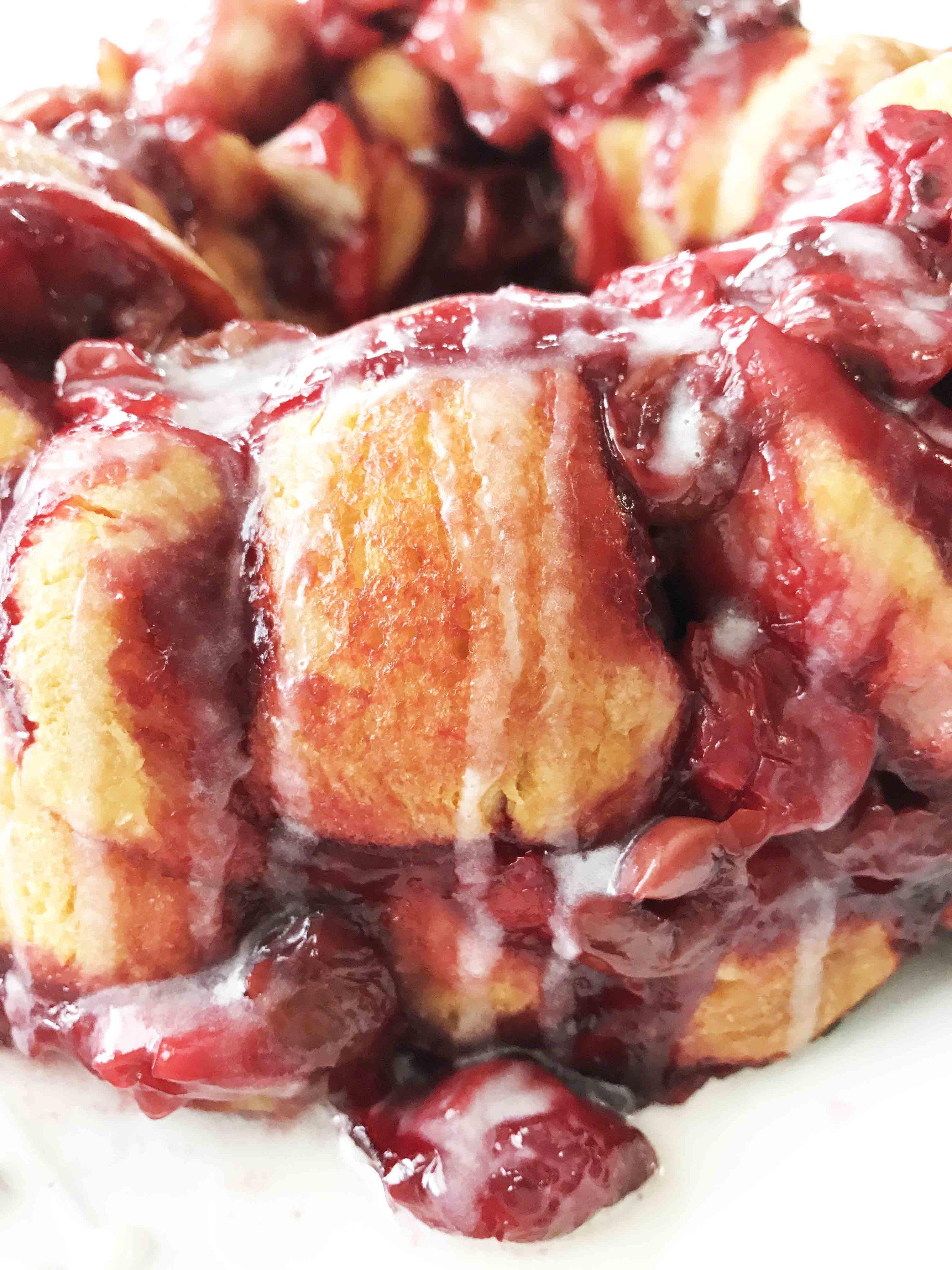 cherry-pie-monkey-bread4.jpg