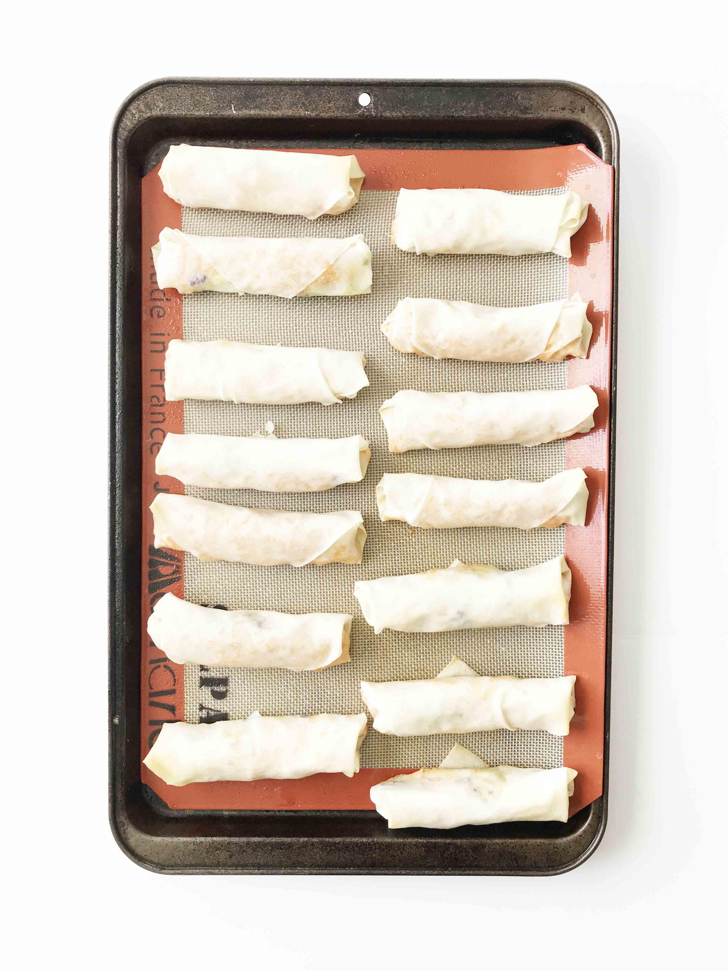buffalo-chicken-spring-rolls14.jpg