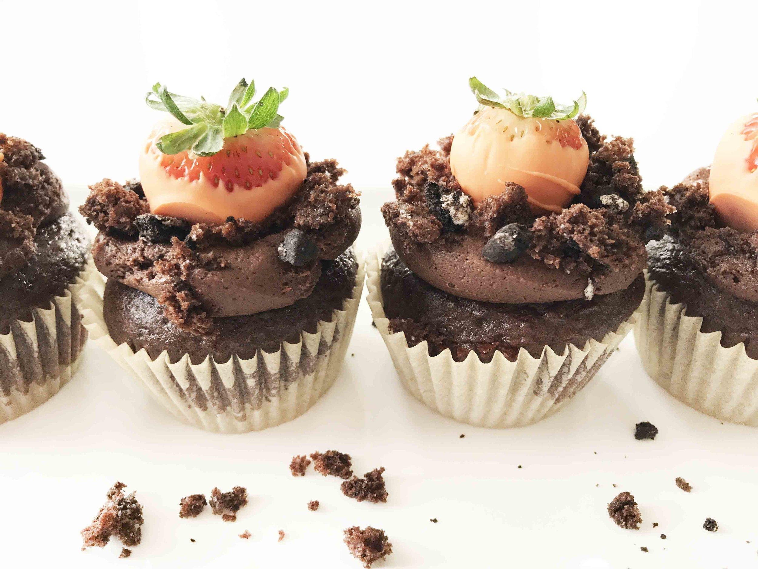 carrot-patch-cupcakes14.jpg