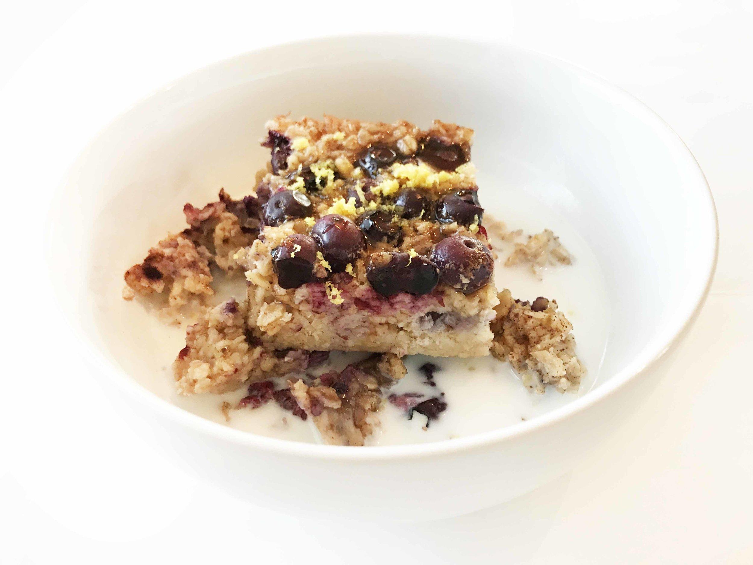 baked-blueberry-oatmeal11.jpg