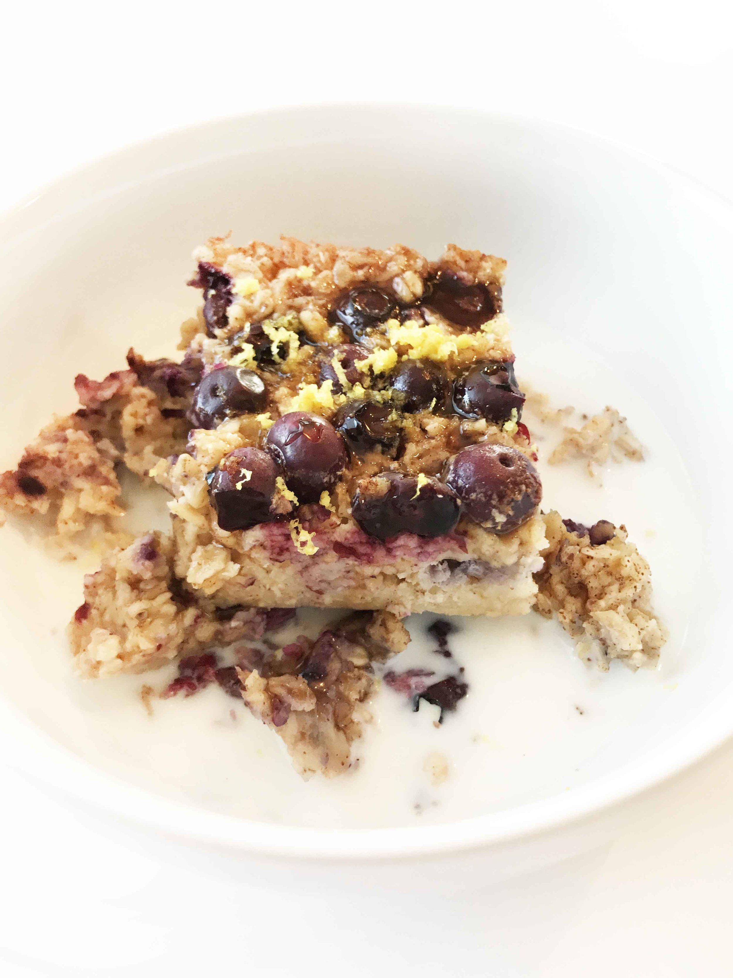 baked-blueberry-oatmeal10.jpg