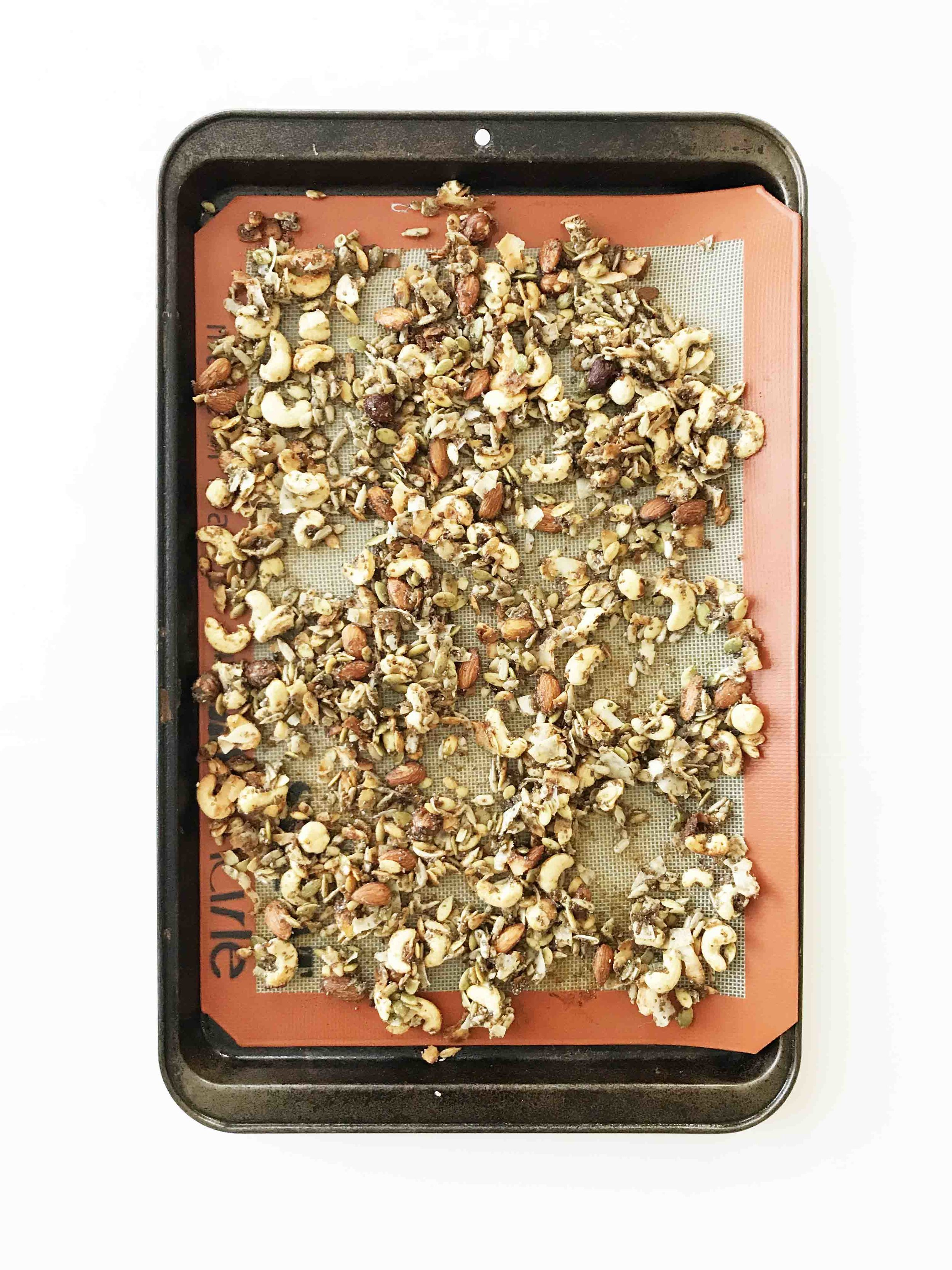 strawberry-granola4.jpg