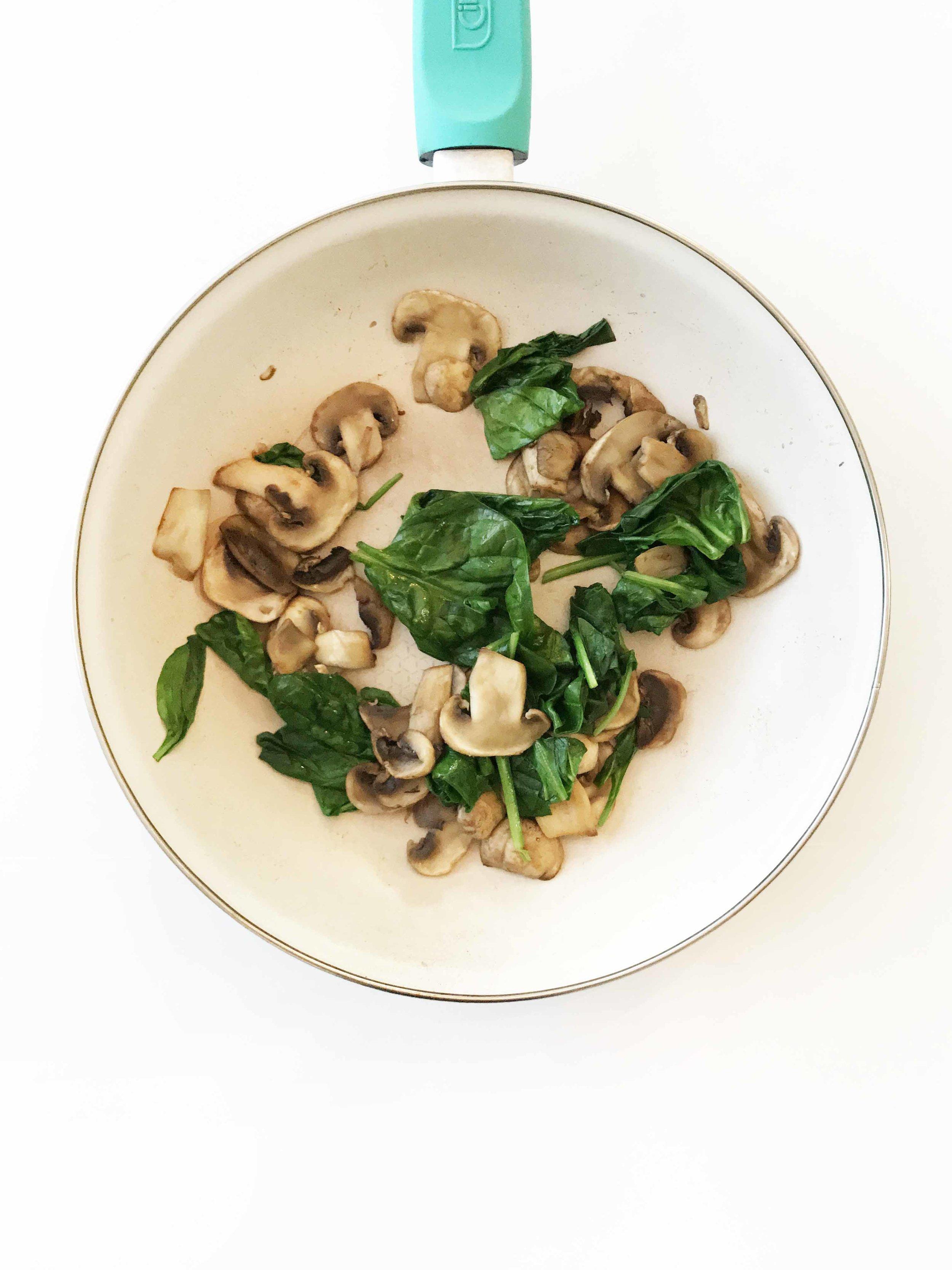spinach-mushroom-egg-bites2.jpg