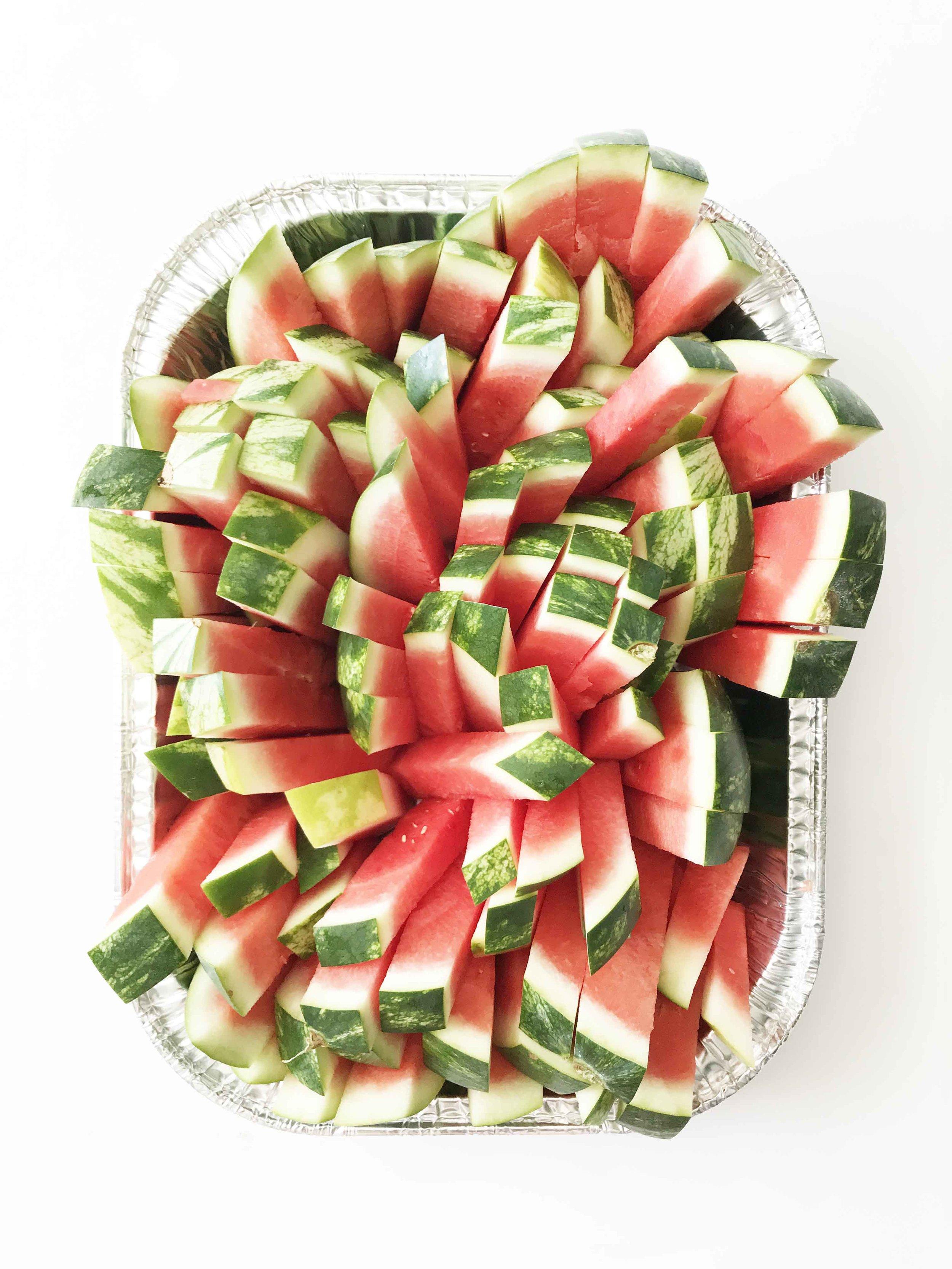 cutting-watermelon7.jpg