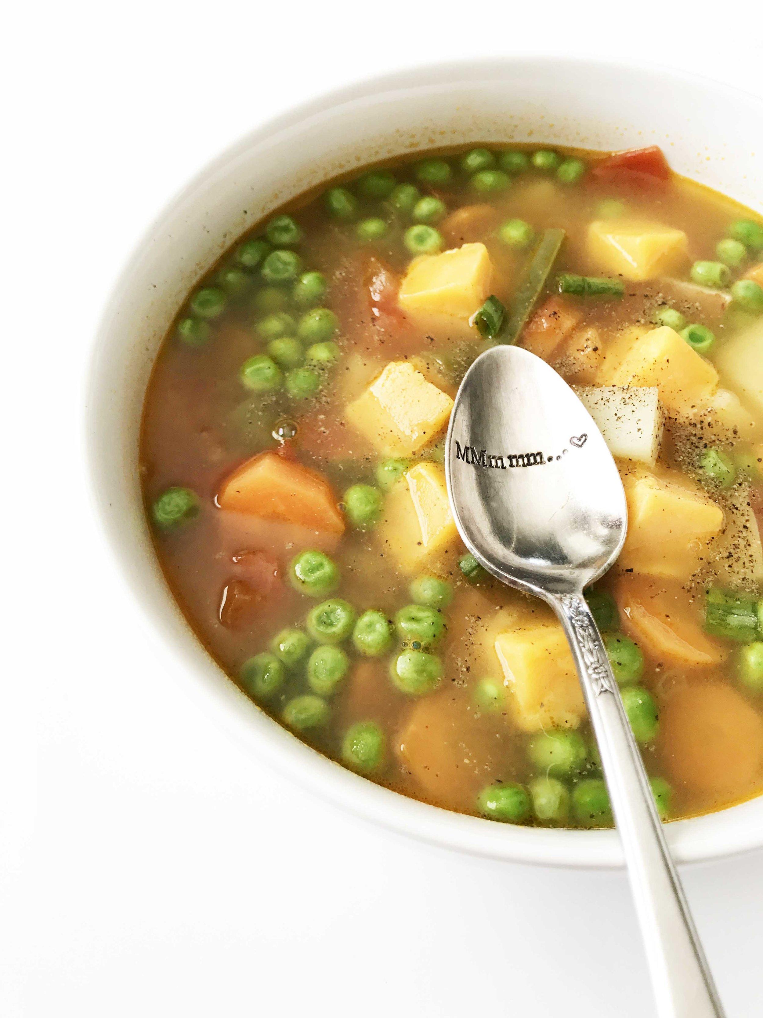 garden-vegetable-soup9.jpg
