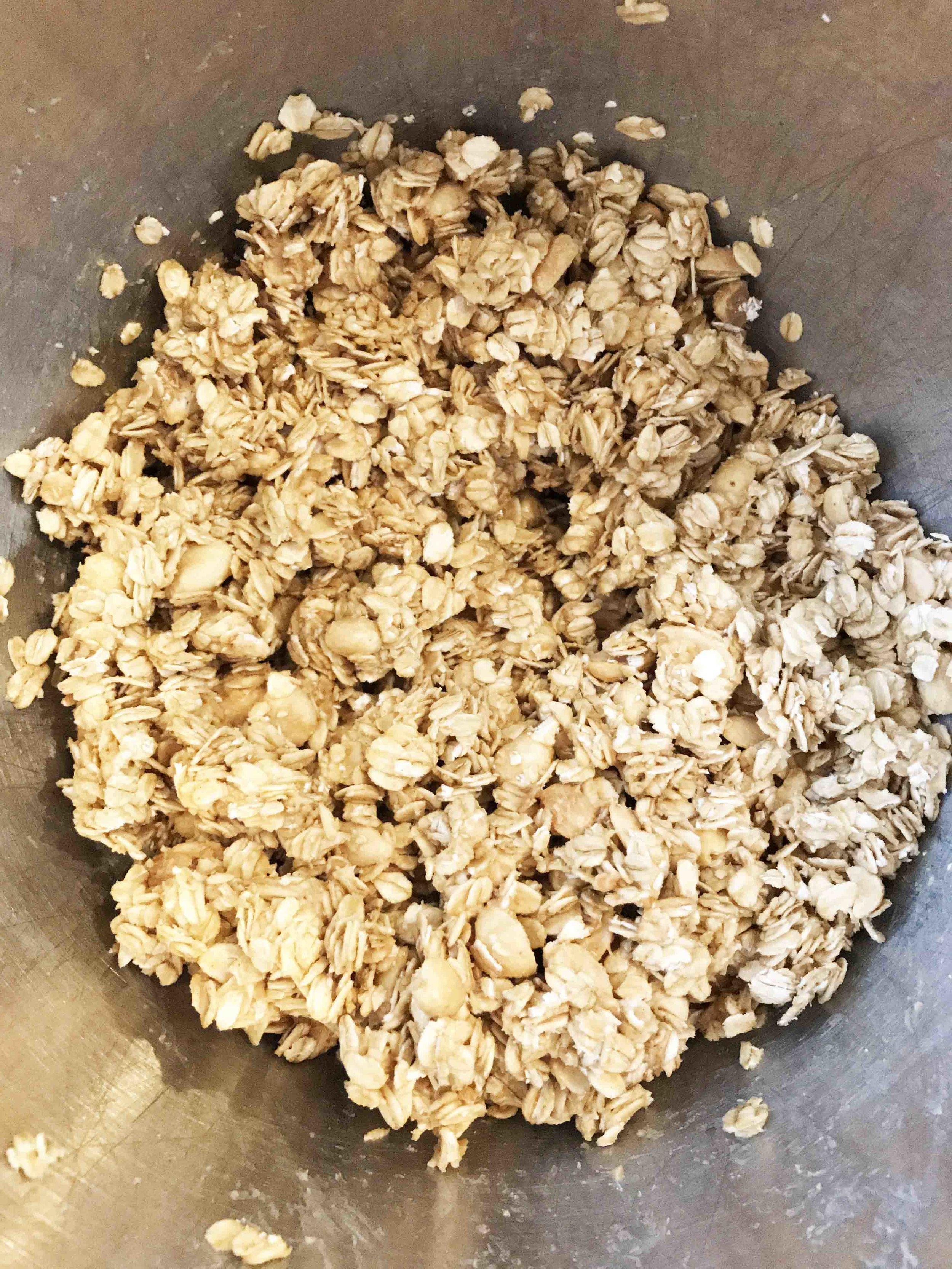 peanut-butter-granola2.jpg