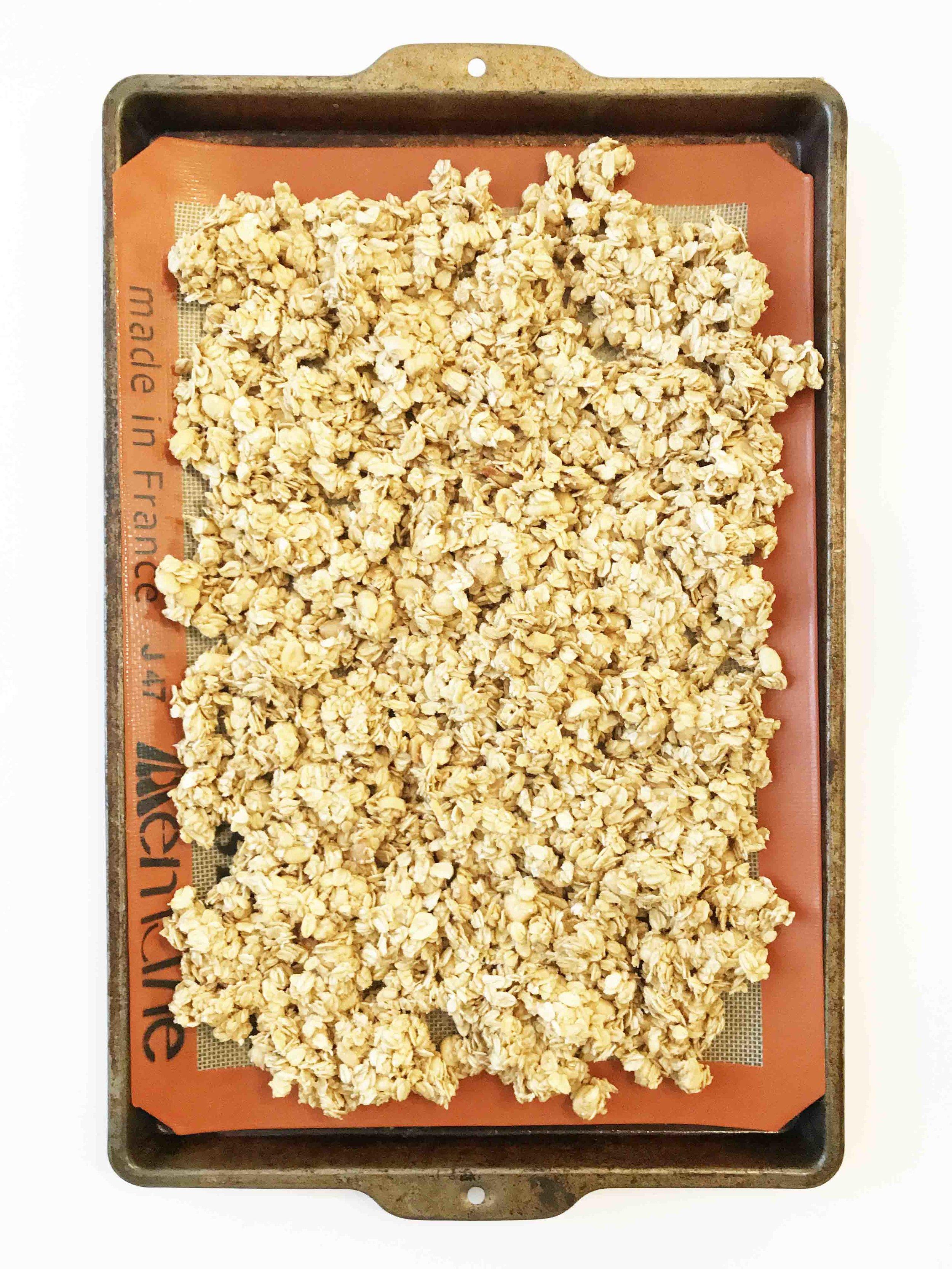 peanut-butter-granola3.jpg