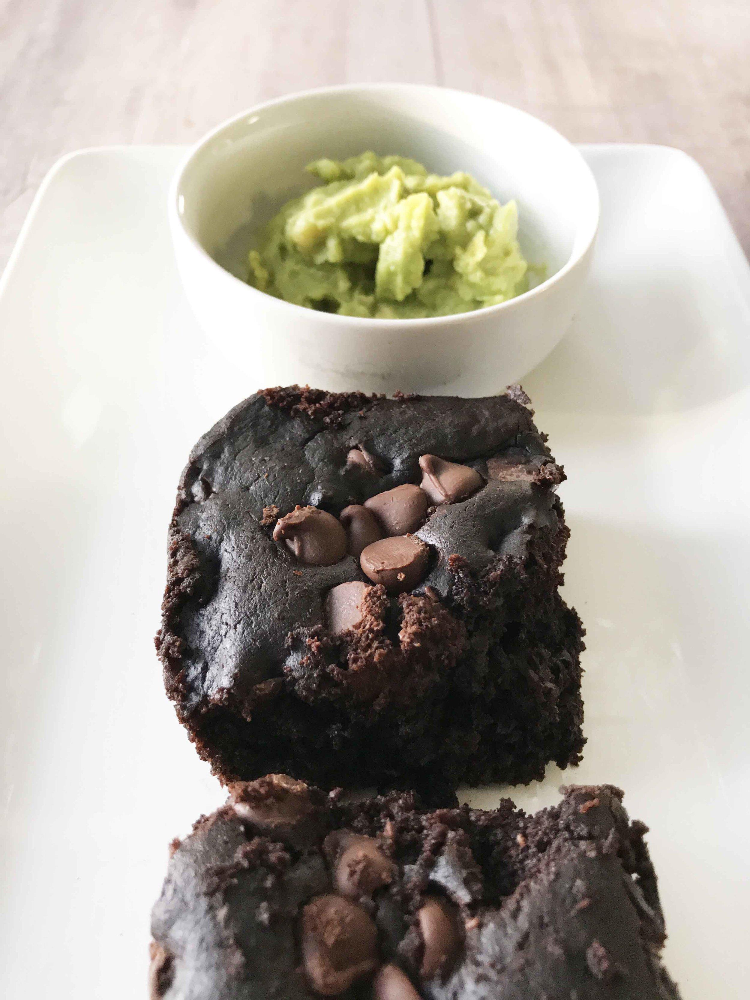 avocado-brownies10.jpg