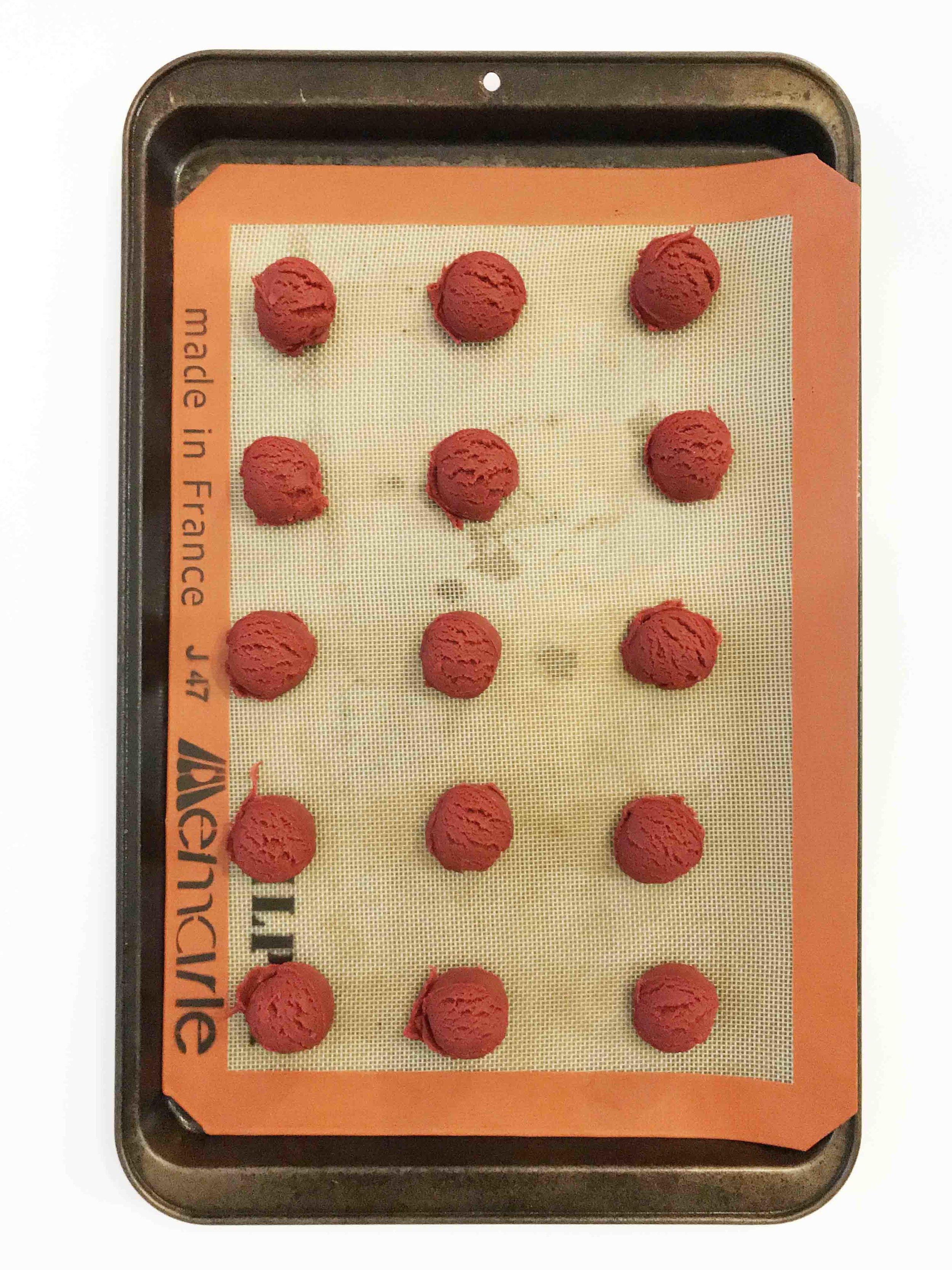 red-velvet-thumbprint-cookies5.jpg