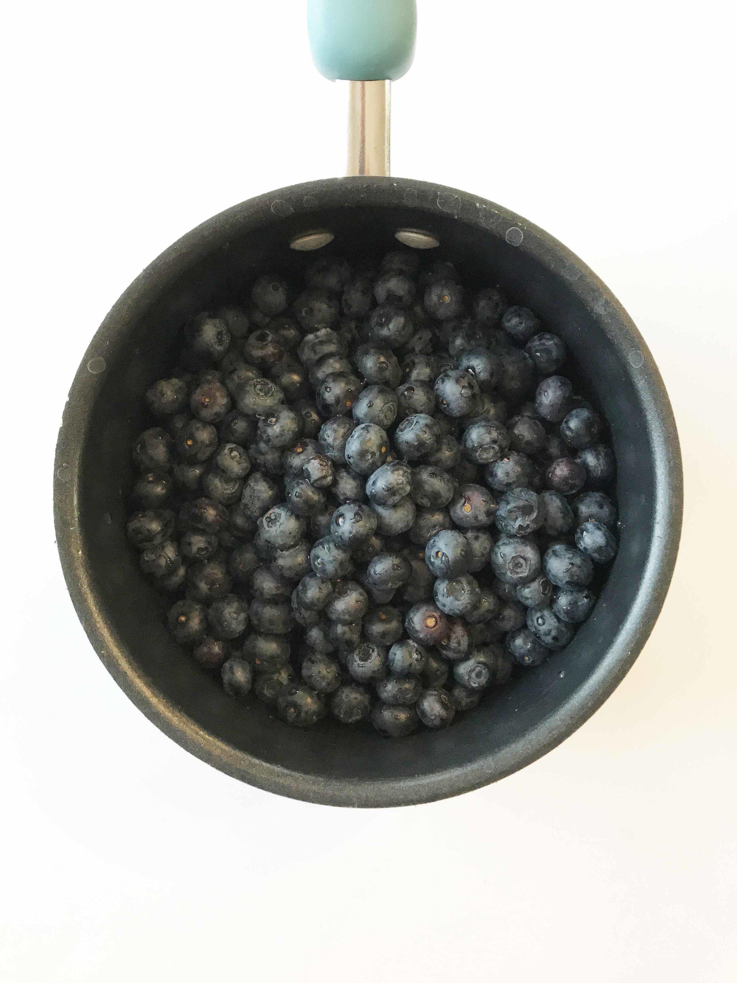 blueberry-cheesecake-dip.jpg