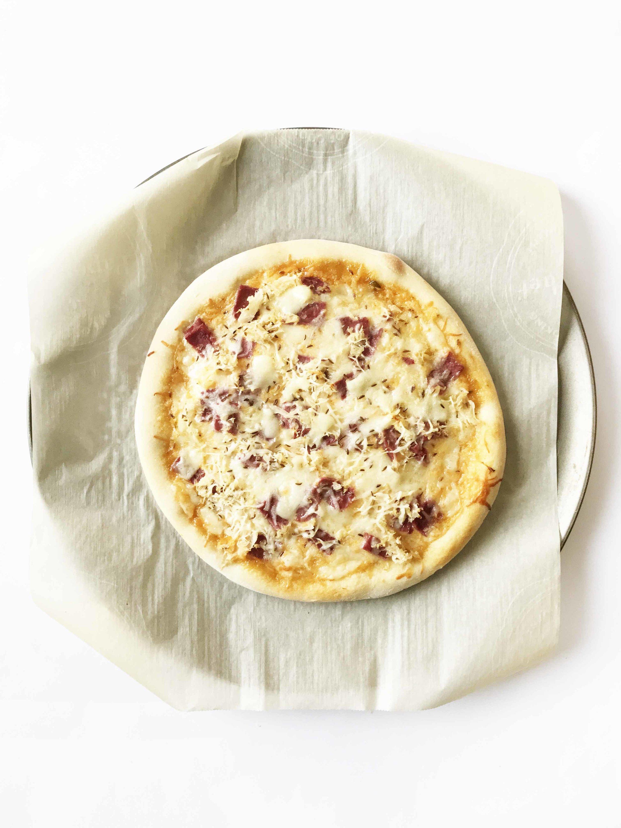reuben-pizza10.jpg