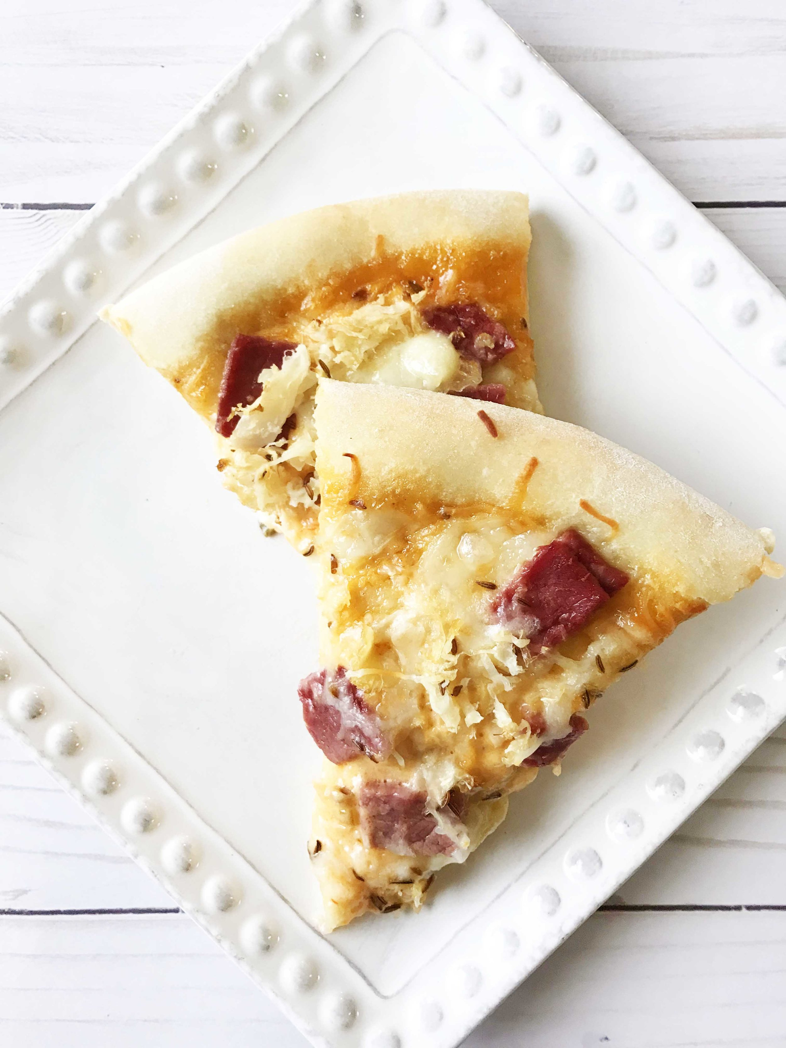 reuben-pizza2.jpg