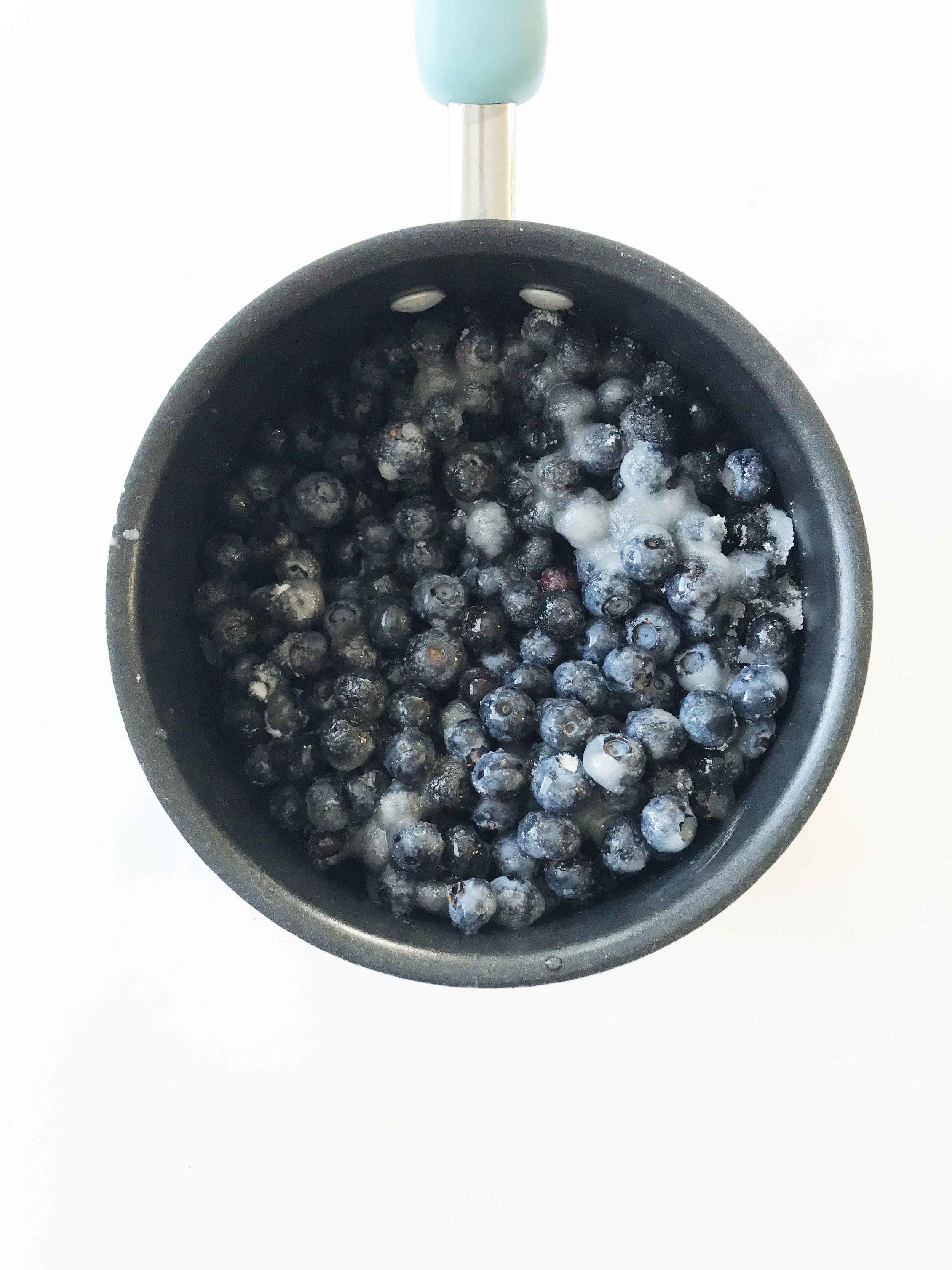 blueberry-cobbler3.jpg