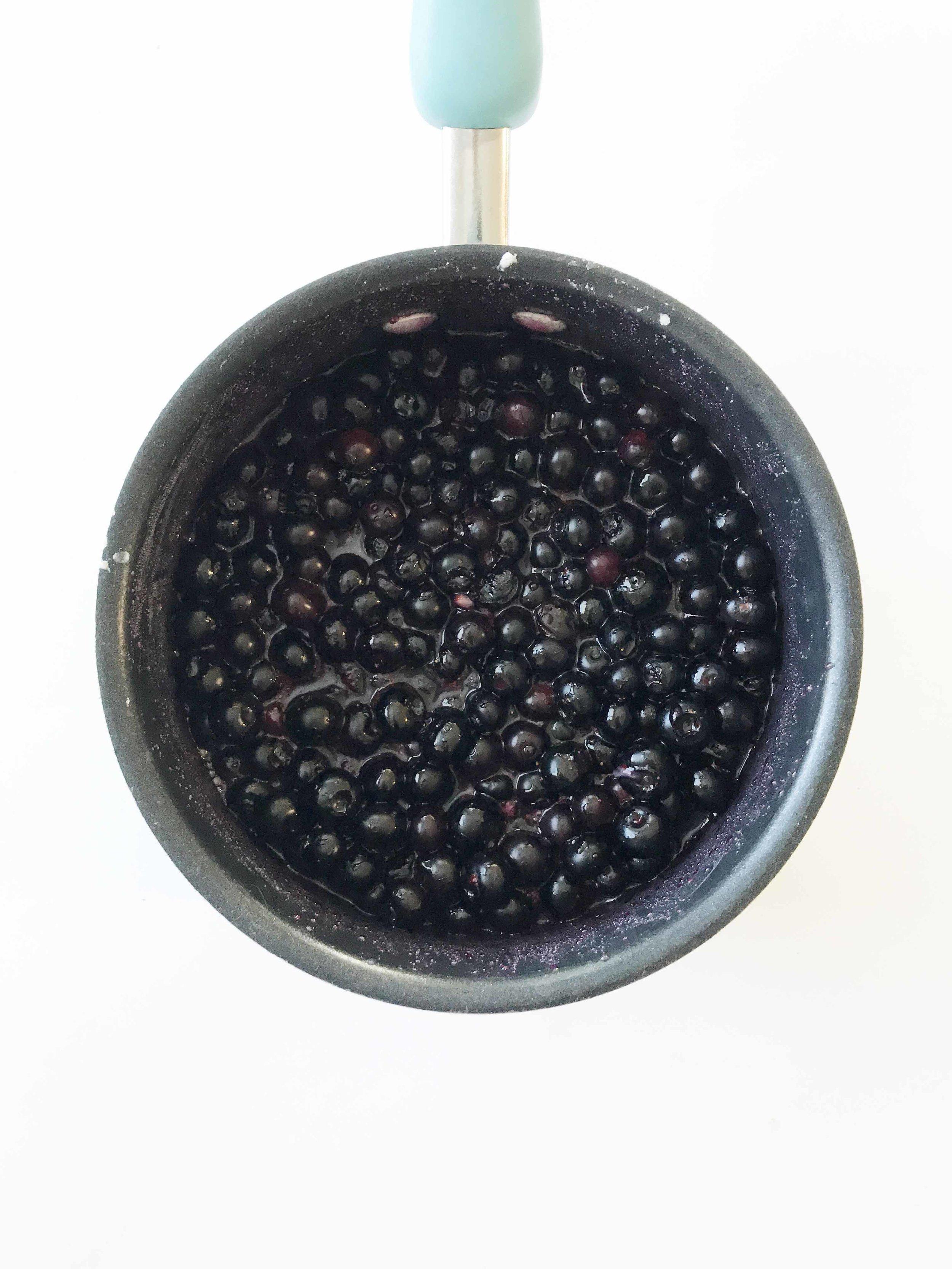 blueberry-cobbler4.jpg