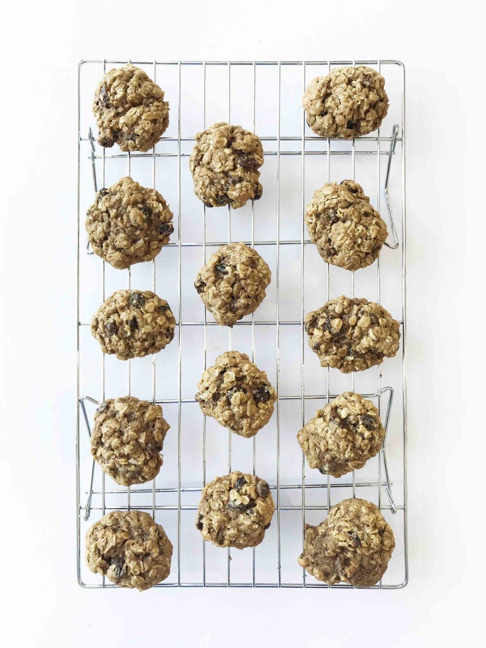 oatmeal-raisin-cookies10.jpg